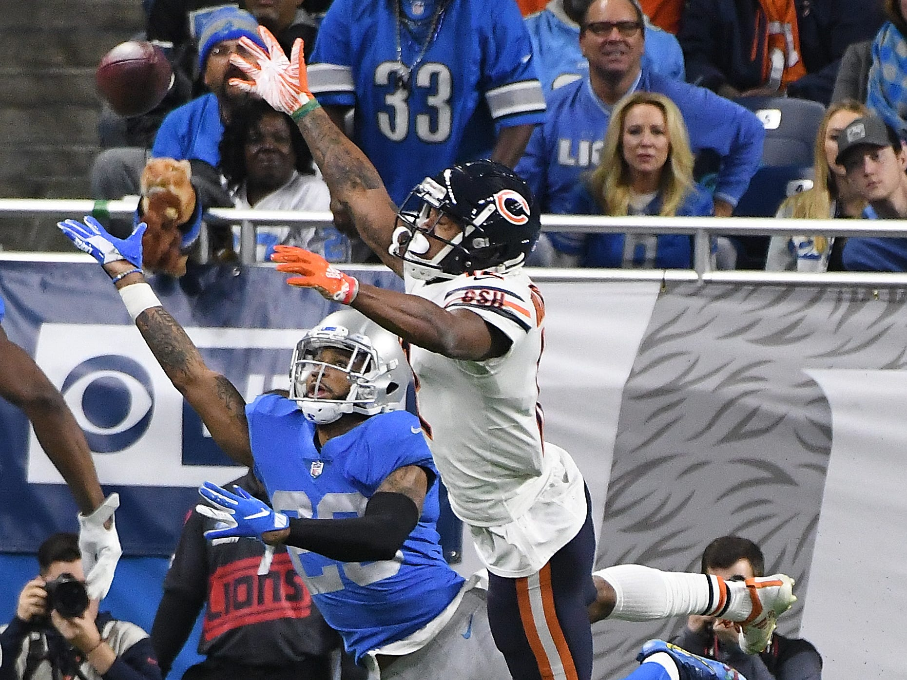 Lions' Darius Slay is on defense against Bears' Allen Robinson II who can't pull in a long pass in the end zone in the second quarter. Bears win, 23-16.