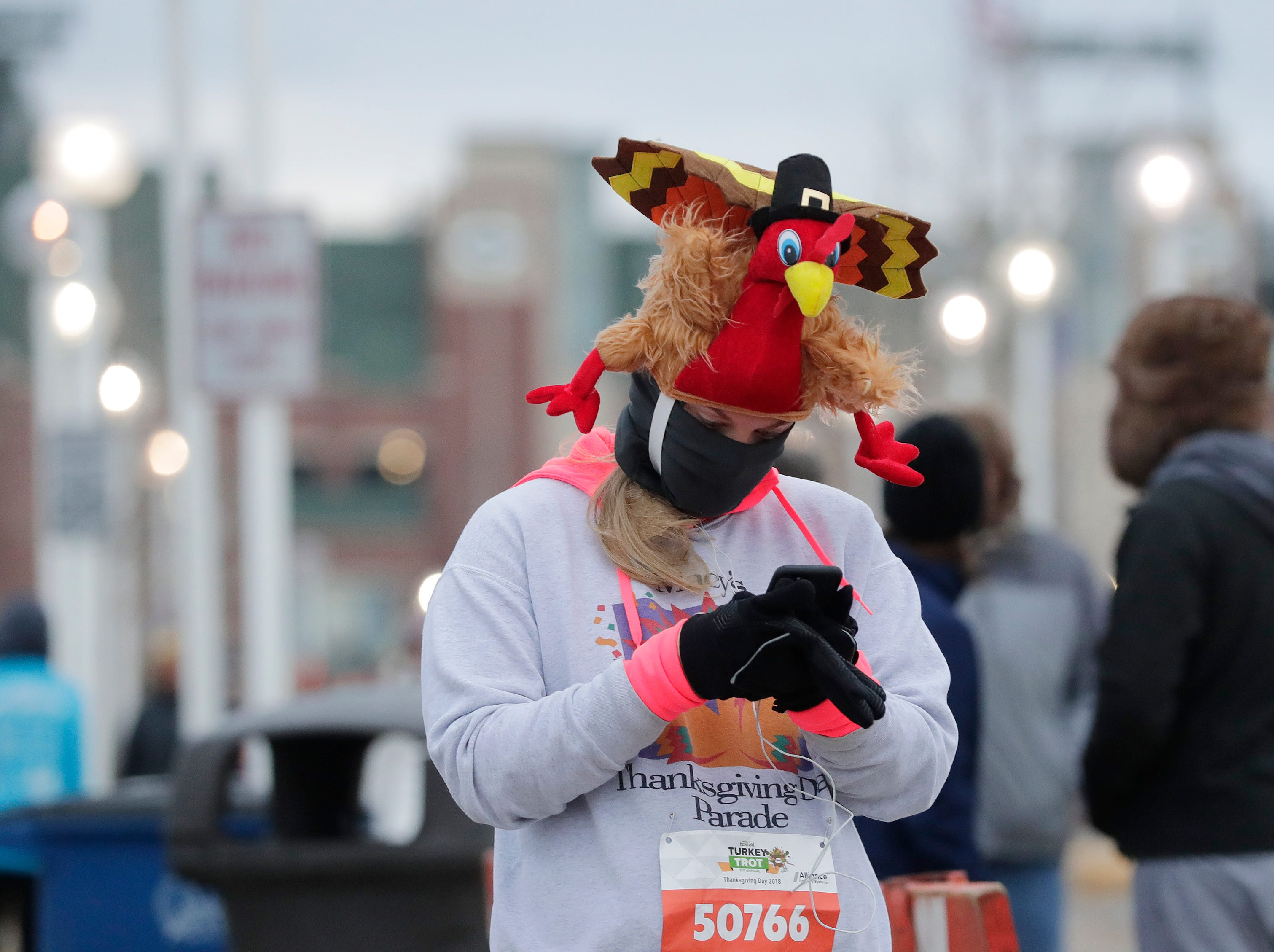 Melissa Wollering arrives for the annual Festival Foods Turkey Trot on Thursday, November 22, 2018 in Ashwaubenon, Wis.