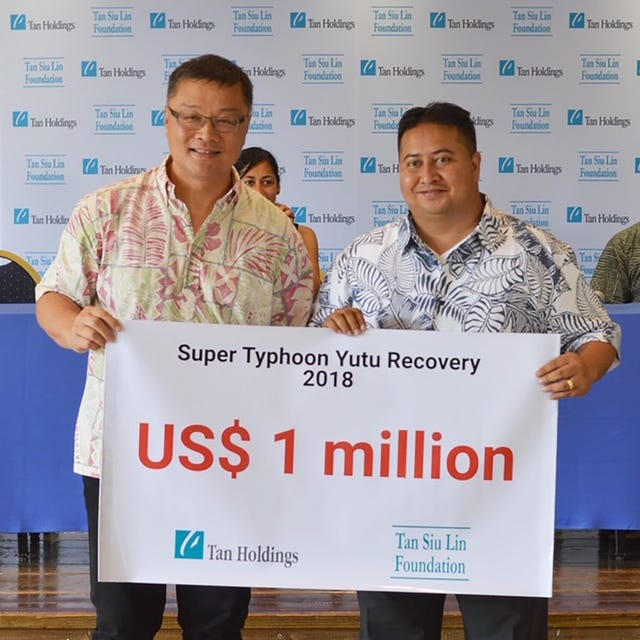 Jerry Tan, President of TanHoldings, collaborates with CNMI Gov. Ralph Torres for relief efforts