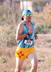 Shawn Rogers of Silver City, NM won the men's 3-mile trot in 16:43.