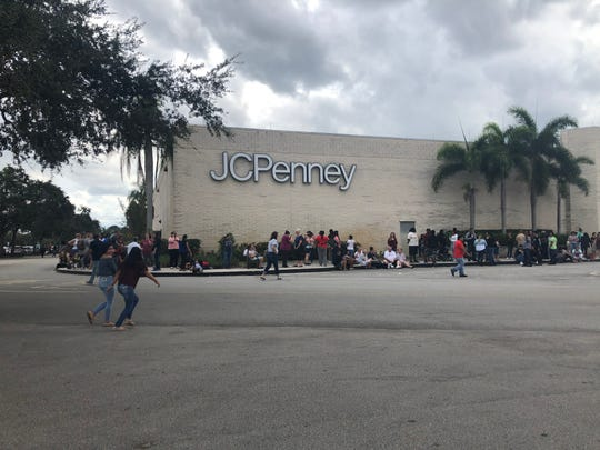 The first shoppers arrived at the J.C. Penney in Jensen Beach, Florida at 11:30 a.m. on Thanksgiving, more than two and a half hours before the store opened.