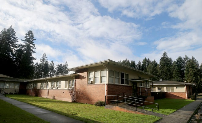 A developer has proposed a 121-unit apartment complex at the site of the former Frances Haddon Morgan Center building in Bremerton.