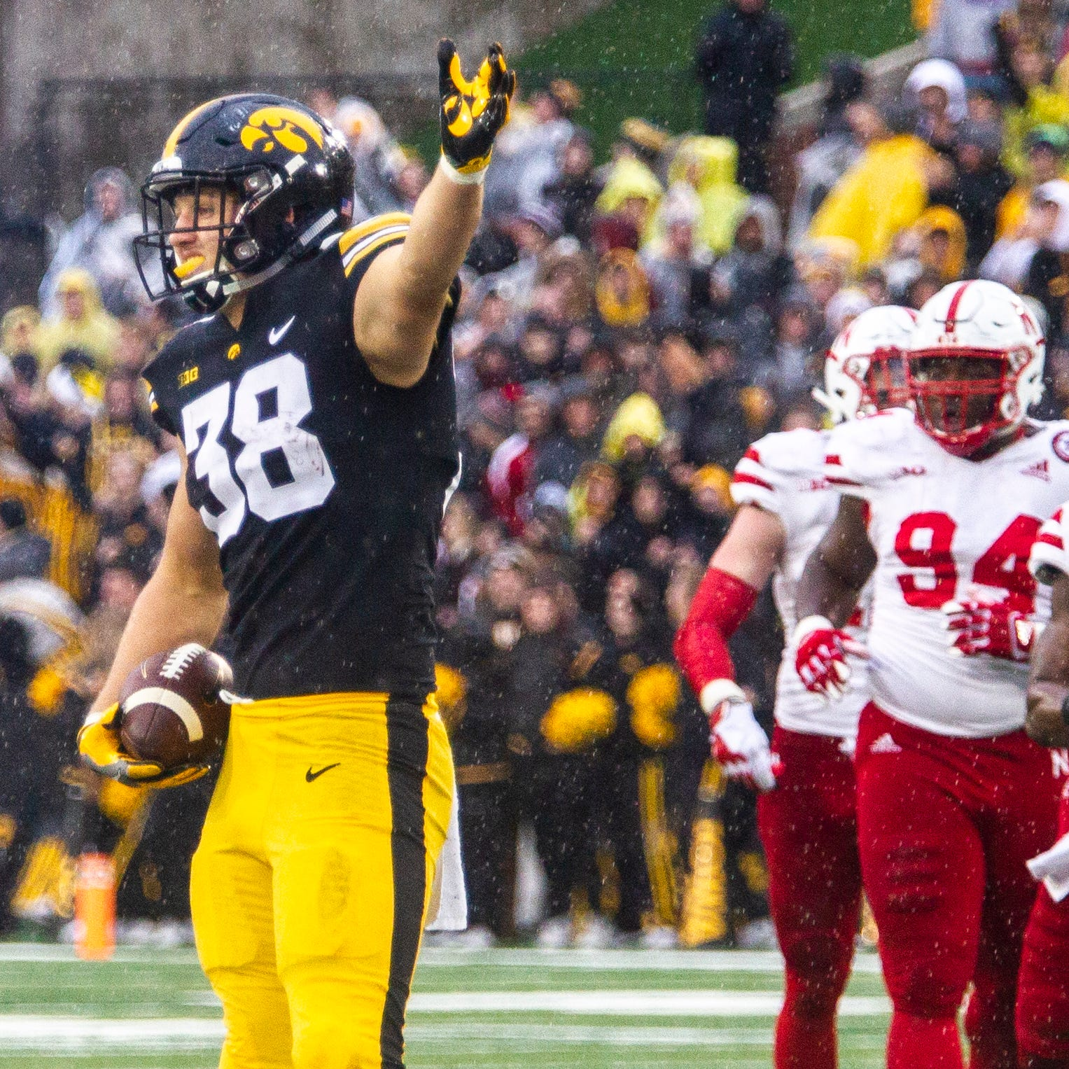 NFL draft 2019 rankings: Why T.J. Hockenson, Noah Fant are more valuable than any quarterbacks