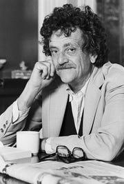 Kurt Vonnegut Jr. (1922-2007) attended Shortridge High School.  AP Kurt Vonnegut Jr. (1922-2007) attended Shortridge High School.