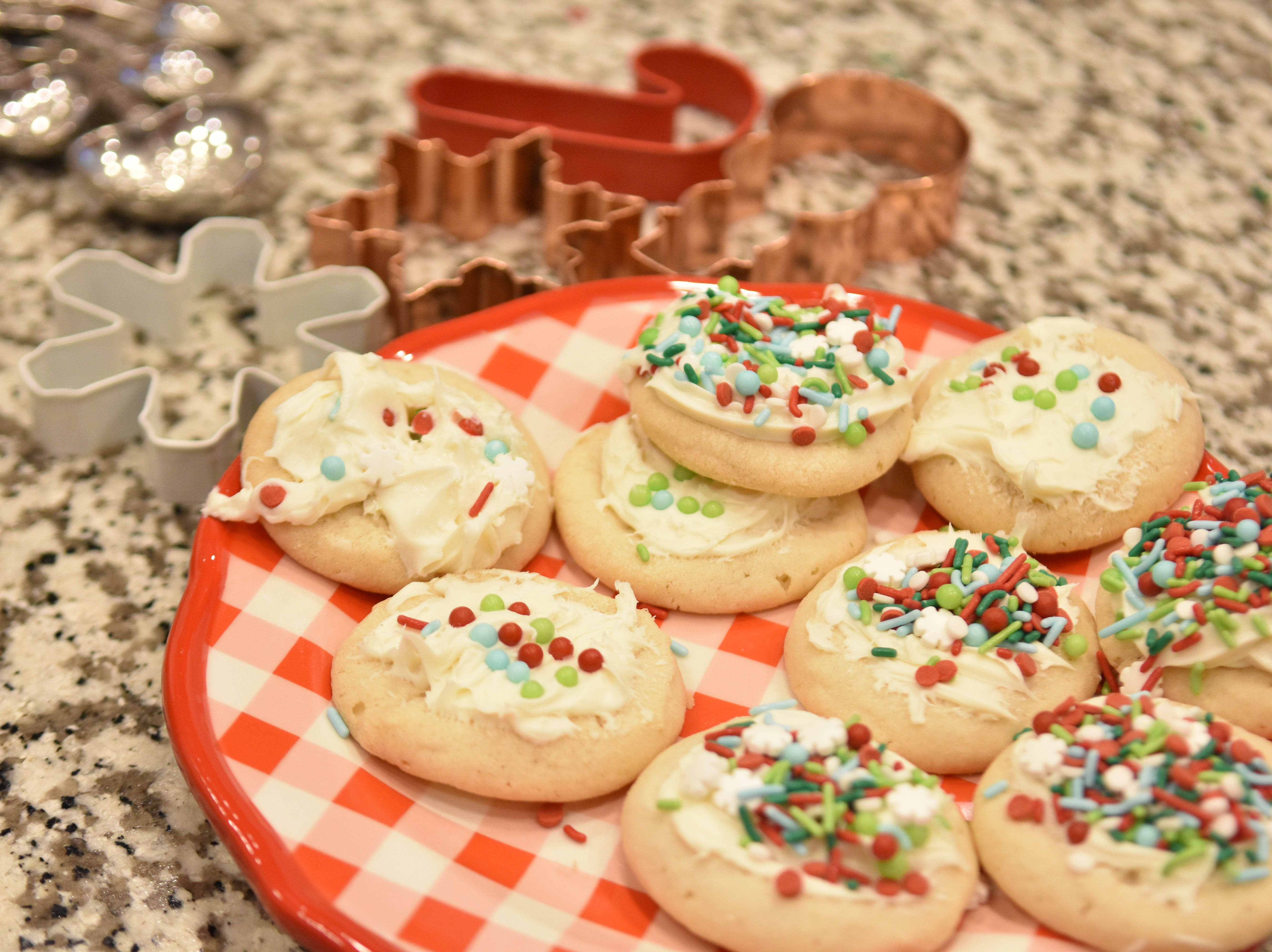 Christmas cookie fun facts: 1. Queen Elizabeth I invented gingerbread men.  While she didn't actually bake the cookies herself (she was a queen, after all), she did request that her royal bakers create gingerbread cookies shaped like visiting dignitaries in order to honor them. 2. We leave cookies for Santa because of the Great Depression. It wasn't standard practice to leave cookies and milk out for Santa Claus until the 1930s.  3. Cookies were originally made to test oven temperature. According to culinary historians, cookies as we know them today were first made not to eat but to test the temperature of an oven.  4. Santa Claus eats over 300 million cookies on Christmas Eve. Every Christmas Eve, Santa visits over 500 million homes where he encounters about a billion cookies. If you hypothesize that he takes about two bites of each cookie he is given, it means he eats a total of 336,150,386 cookies. From FoodandWine.com.