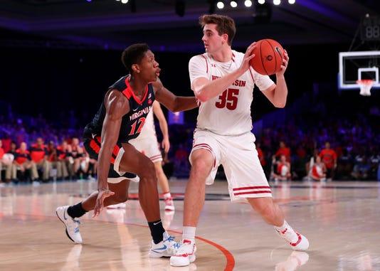 Ncaa Basketball Battle 4 Atlantis Championship Wisconsin Vs Virginia