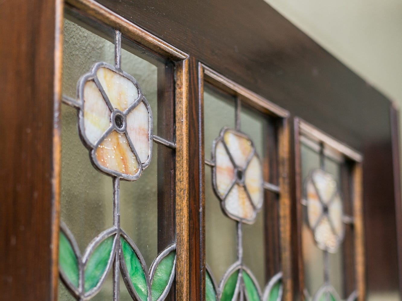 It was love at first sight when Cheryl spotted these leaded panels. The Springfield home of Cheryl Braswell on November 21, 2018.