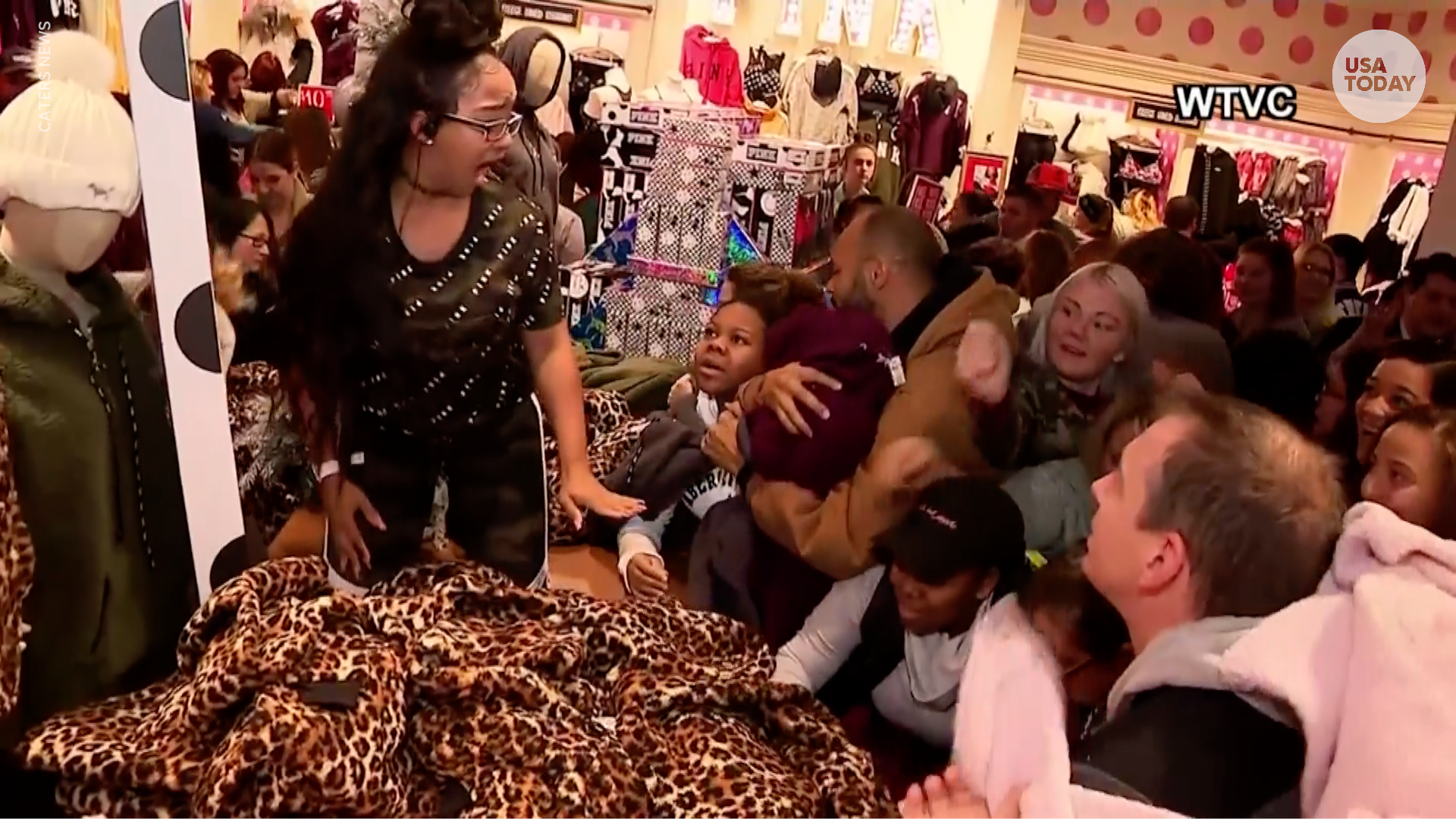 59f7bee0f7a Black Friday shoppers storm a Victoria s Secret and terrify a sales  associate