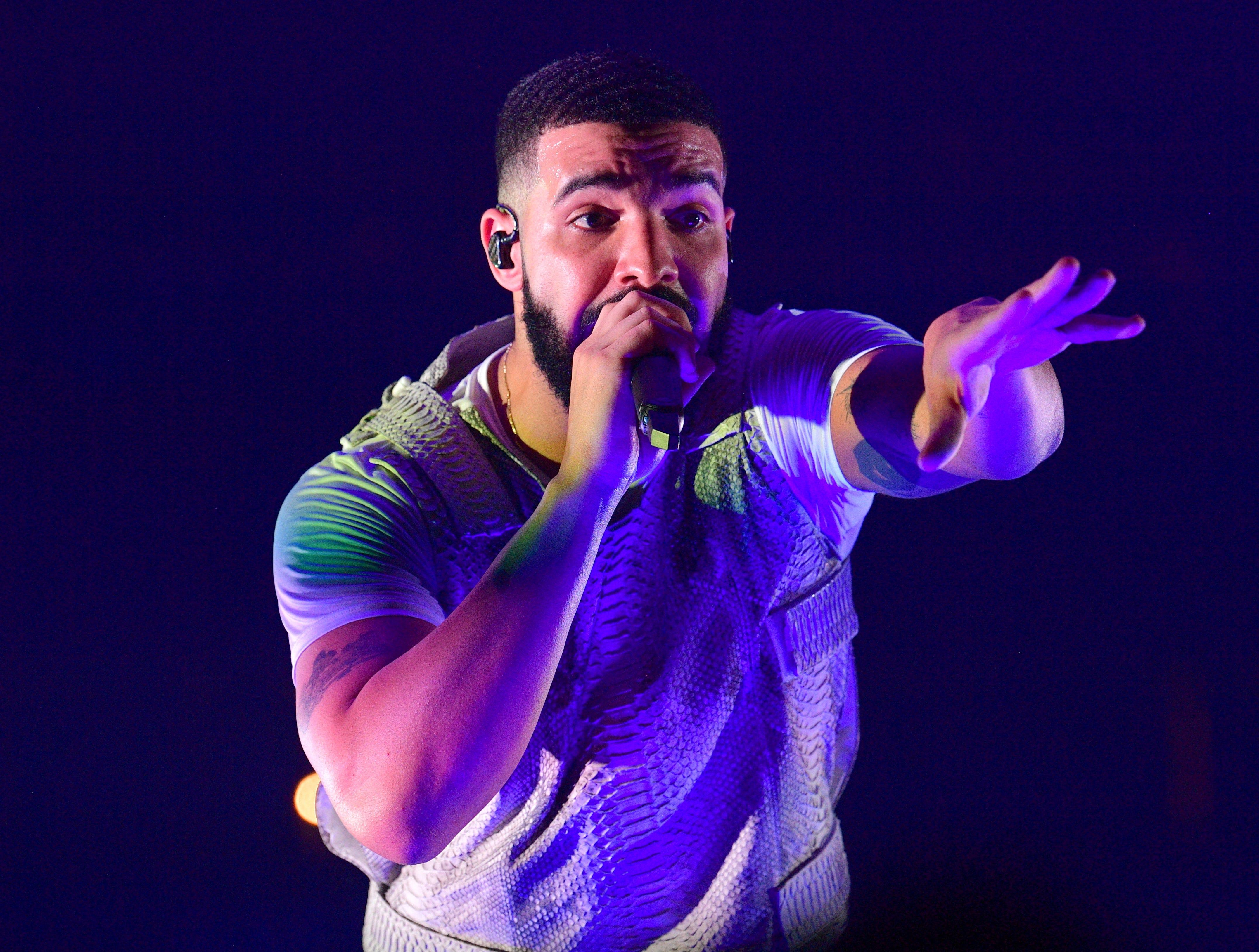 ATLANTA, GA - NOVEMBER 18: Drake performs onstage during the Final Stop of 'Aubrey & The three Amigos Tour' at State Farm Arena on November 18, 2018 in Atlanta, Georgia.(Photo by Prince Williams/Wireimage) ORG XMIT: 775260230 ORIG FILE ID: 1069779584