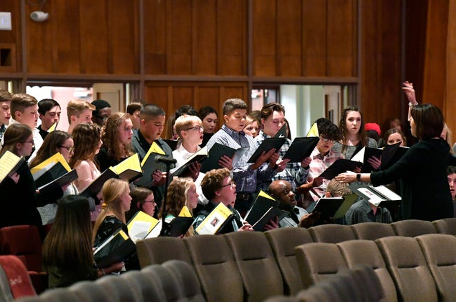 Members of the Abilene High School choir sing during a memorial service for Creed Ryan Parrish at Highland Church of Christ Saturday Nov. 24, 2018. Parrish, 15, died during a school trip to Grapevine Nov. 16, he was also a member of the choir.