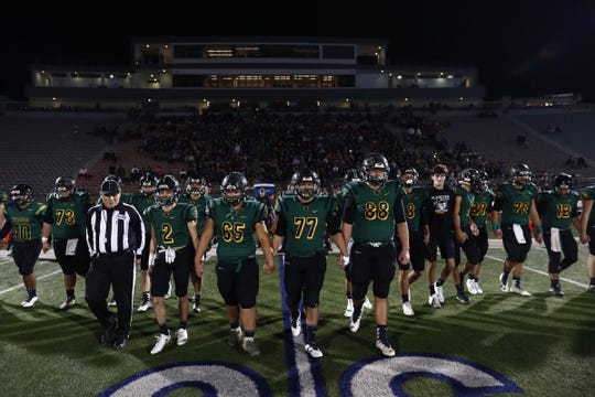 Rockport-Fulton vs Crystal City in a Class 4A Division II at Alamo Stadium