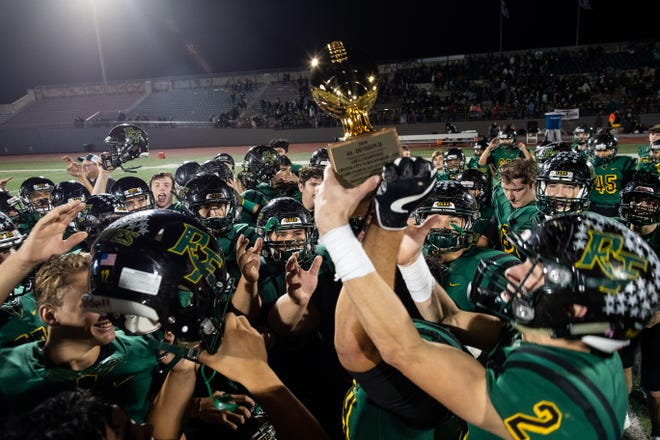 Rockport-Fulton defeats Crystal City 42-8 in a Class 4A Division II area round game at Alamo Stadium in San Antonio on Friday, Nov. 23, 2018.