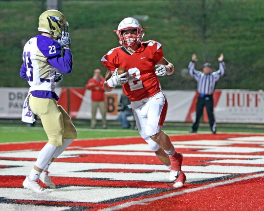 Beechwood RB Logan Castleman runs for a touchdown in the KHSAA Playoff game against Campbellsville. Beechwood defeated Campbellsville 48-13.