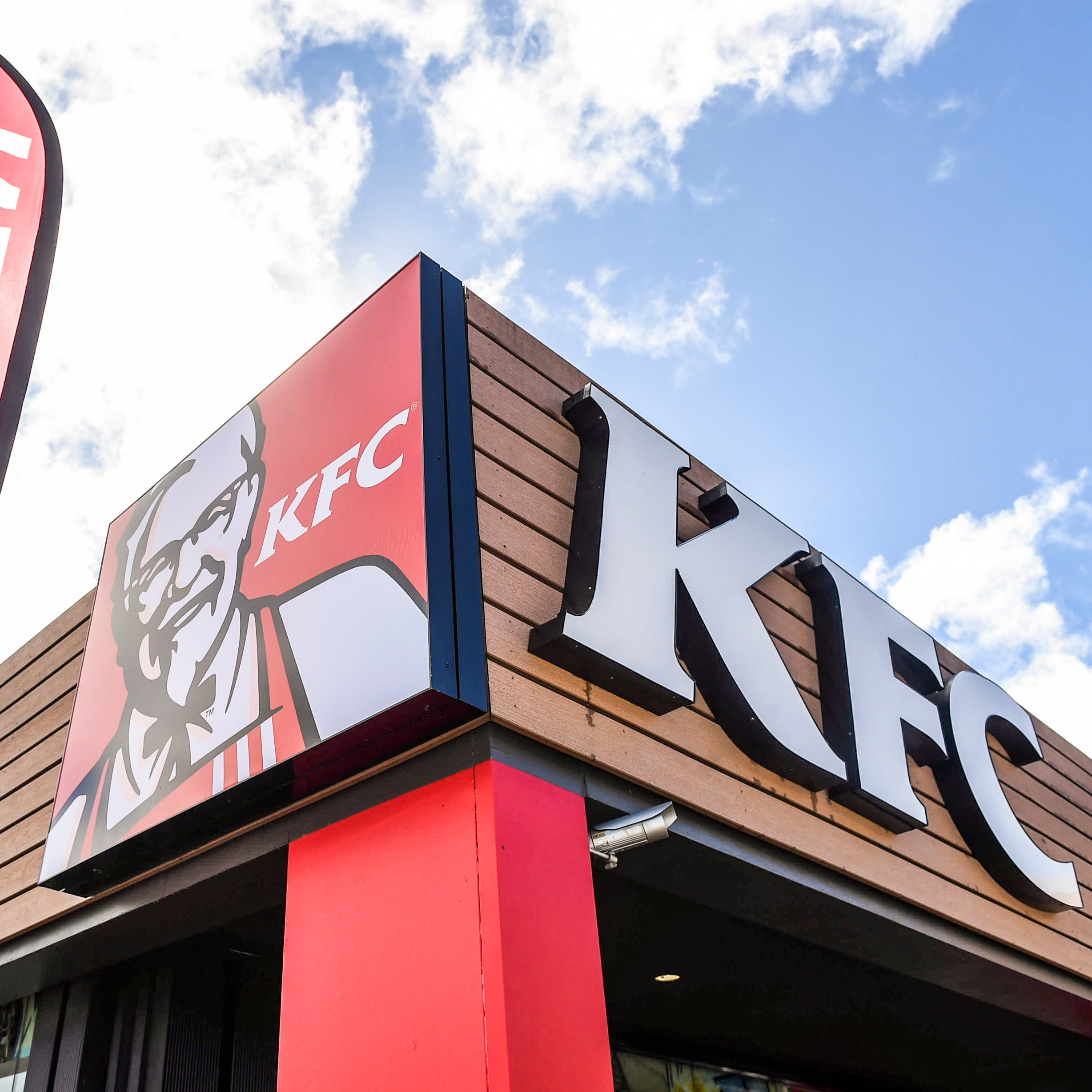 KFC to give away gravy-scented candle