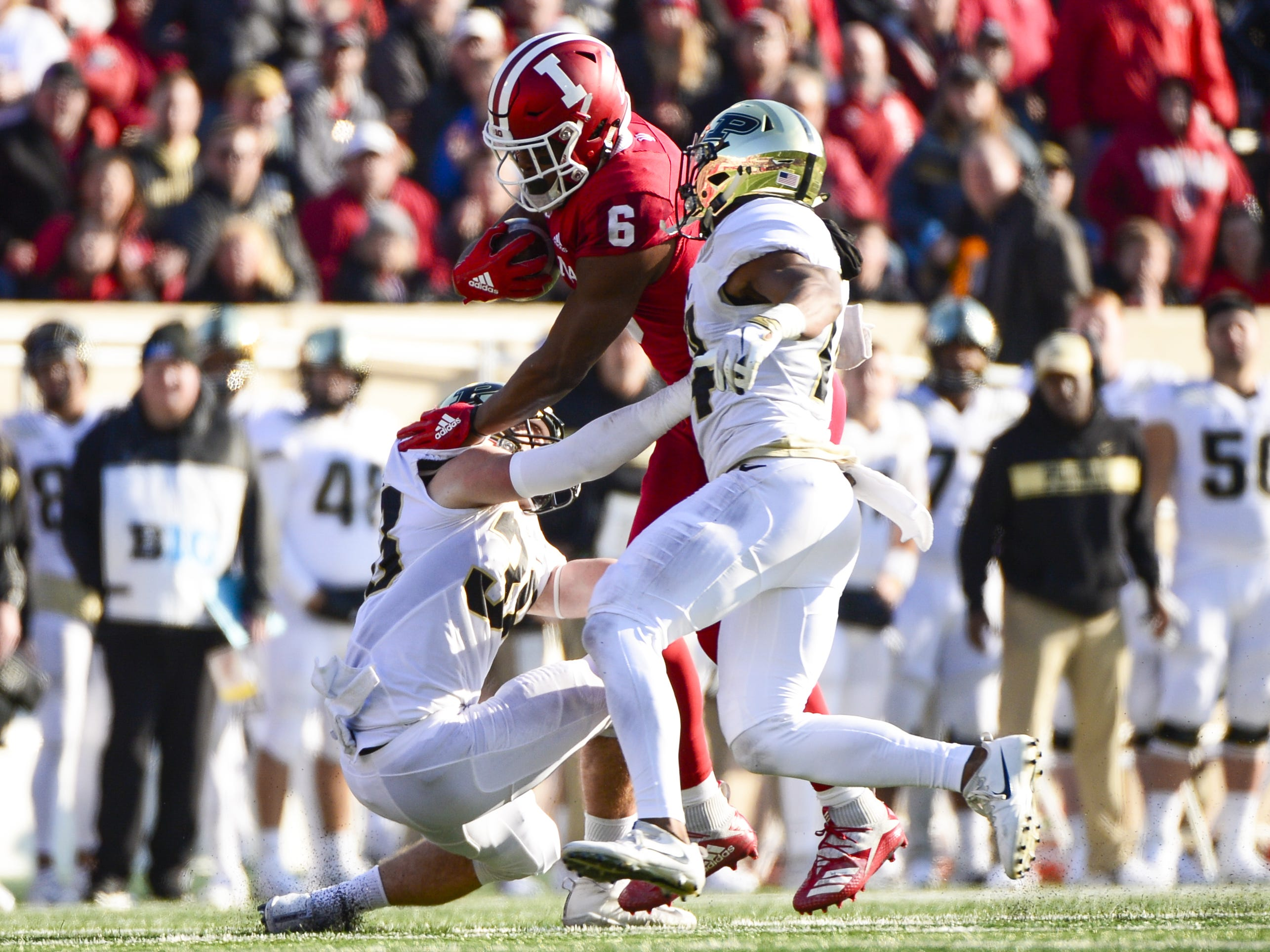 Indiana Hoosiers wide receiver Donovan Hale (6) runs with the ball during the game against Purdue at Memorial Stadium in Bloomington Ind., on Saturday, Nov. 24, 2018.