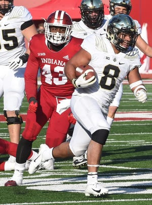 Senior Markell Jones scrambles for the end zone to score Saturday against the Hoosiers in Bloomington.