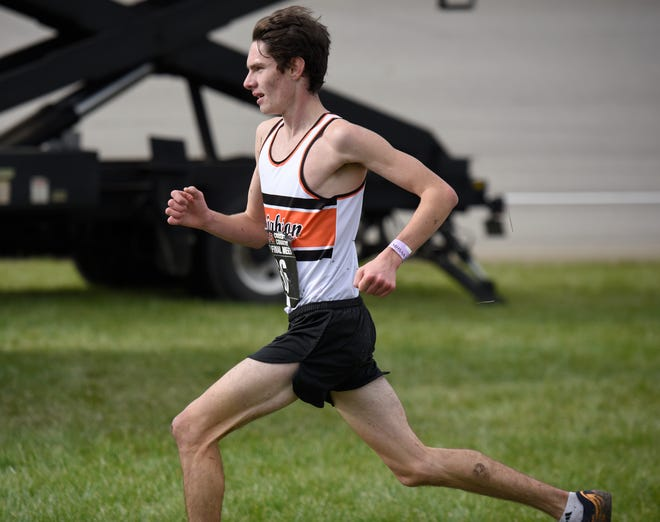 Brighton's Zach Stewart qualified for the Foot Locker national cross country meet by placing 10th in the Midwest Regional.