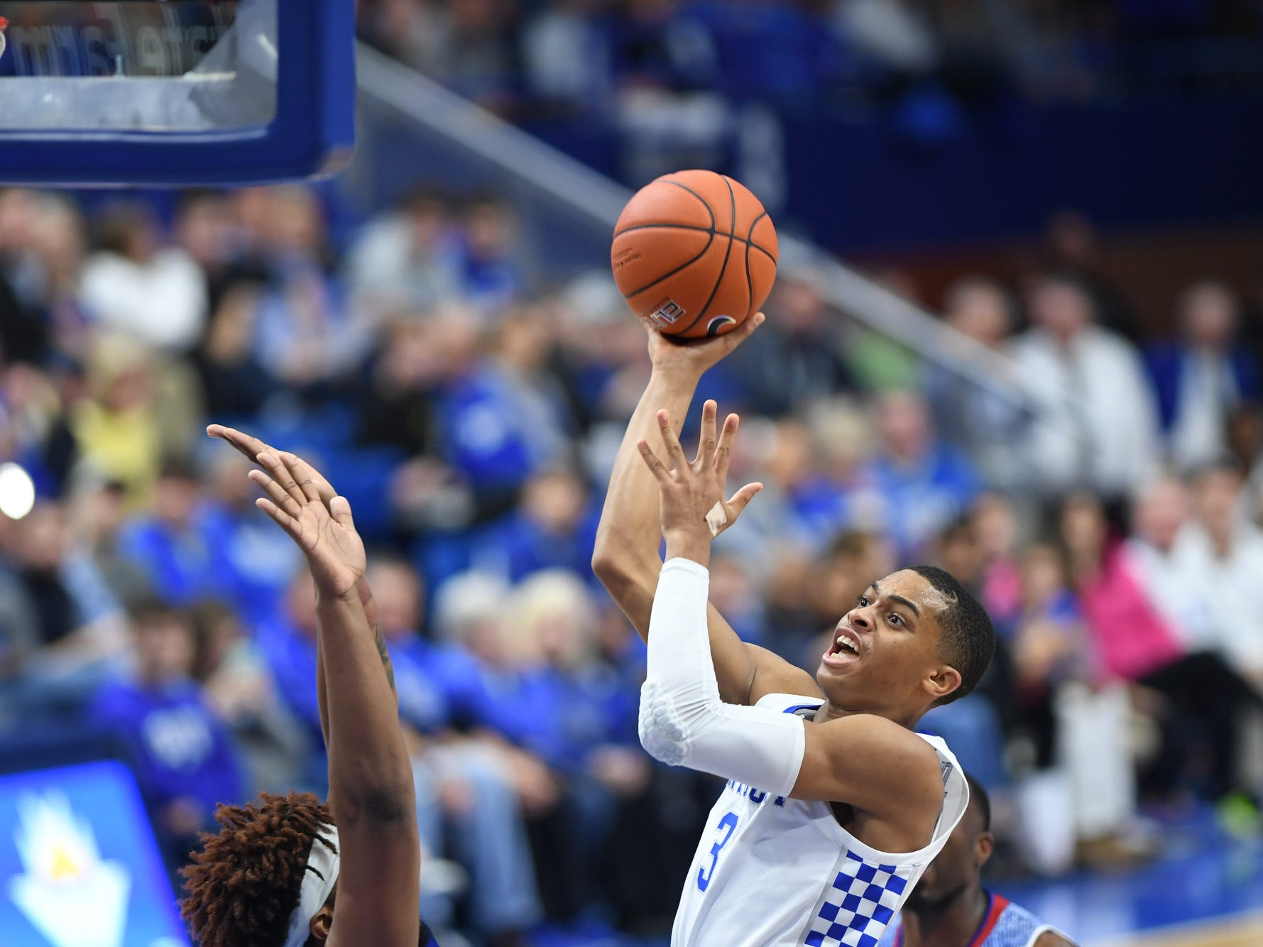 UK guard Keldon Johnson shoots the ball during the University of Kentucky men's basketball game against Tennessee State at Rupp Arena in Lexington, Kentucky on Friday, Nov. 23, 2018.