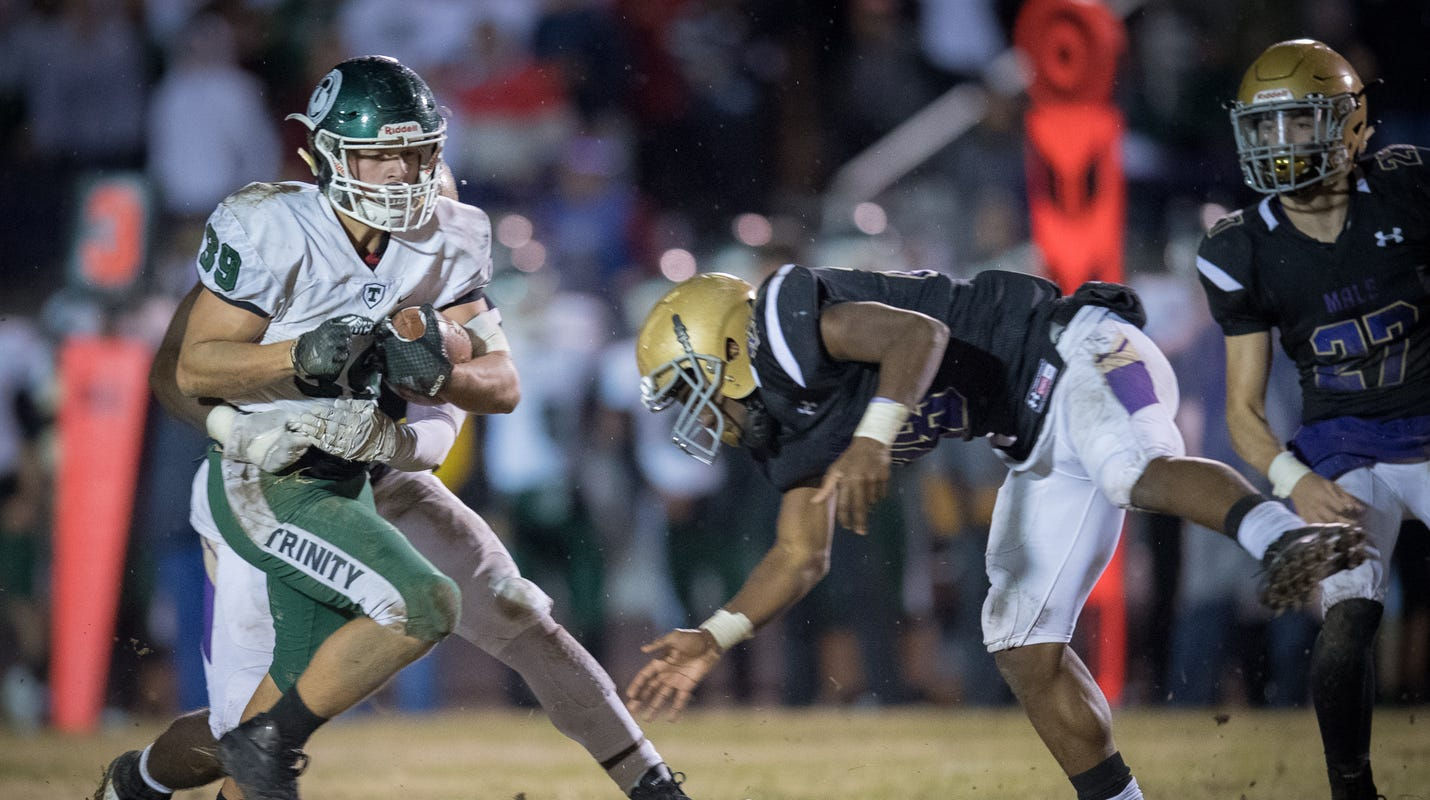 Trinity football team improves to 4-0 with rout of Illinois' Waubonsie Valley