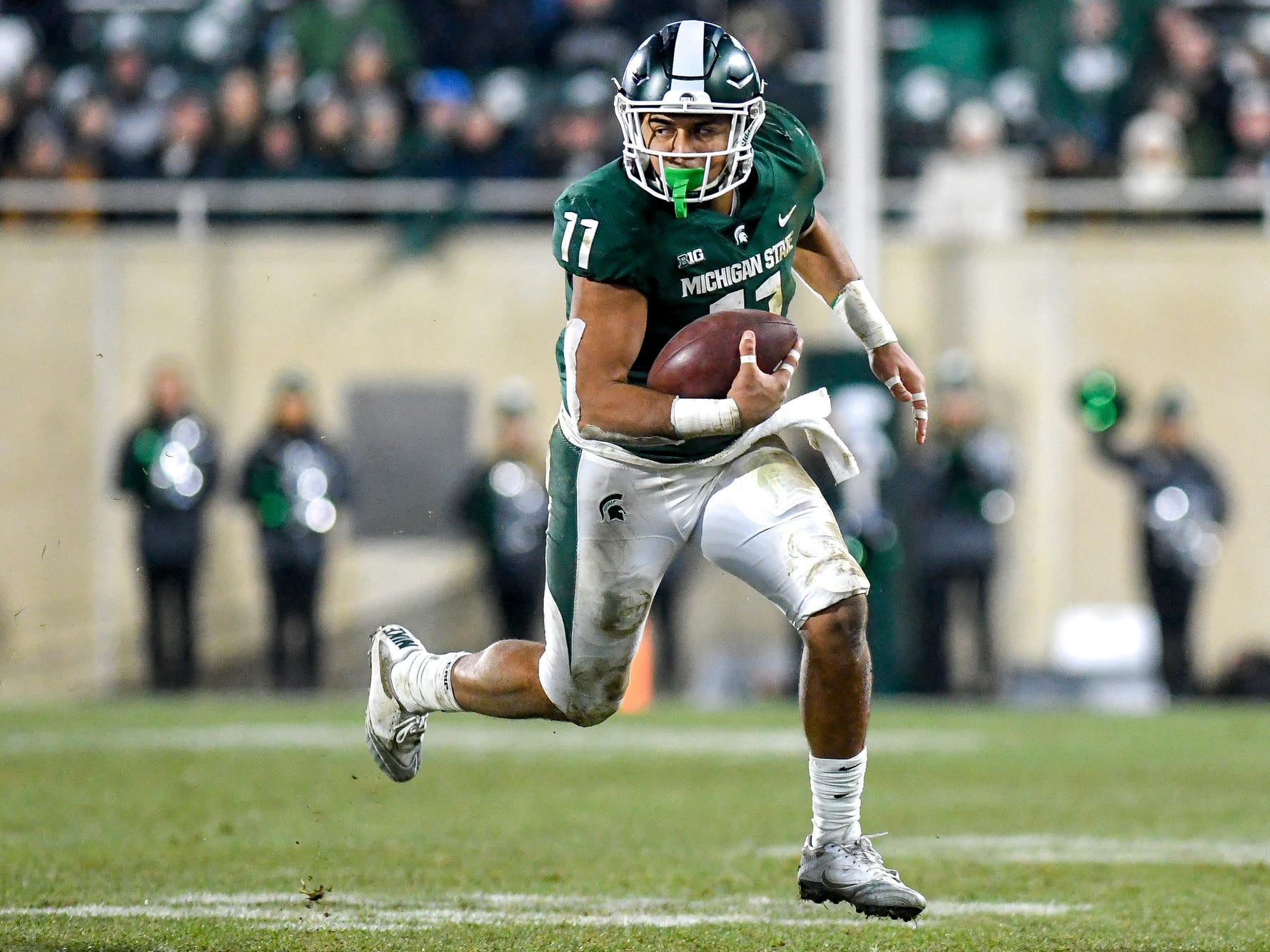 Michigan State's Connor Heyward runs after a catch during the second quarter on Saturday, Nov. 24, 2018, at Spartan Stadium in East Lansing.
