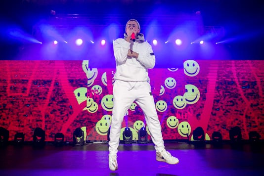 Bad Bunny Photo By Janelle Rominski Therave Com 6