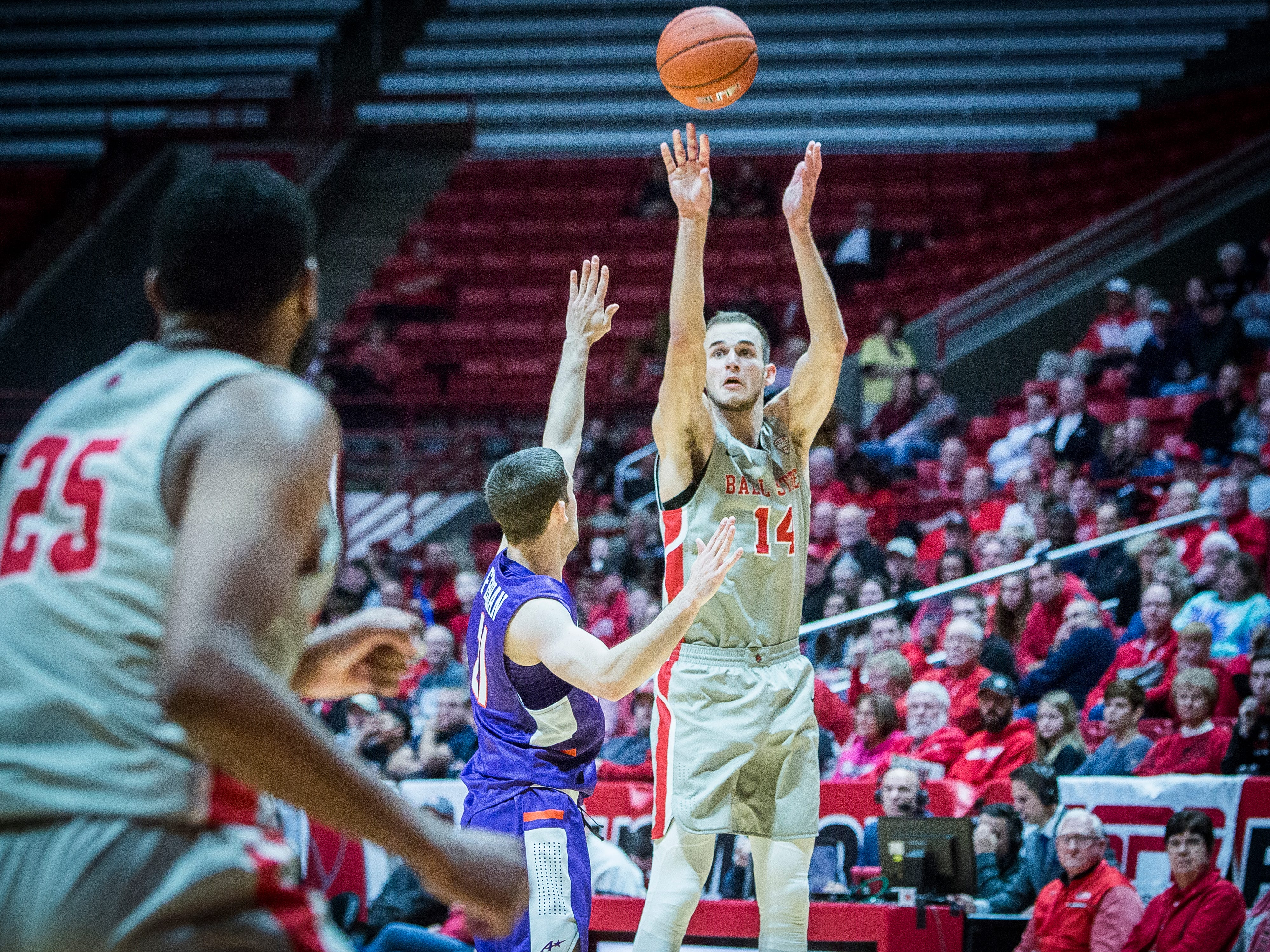 Ball State's Kyle Mallers shoots past Evansville's defense during their game at Worthen Arena Saturday, Nov. 24, 2018.