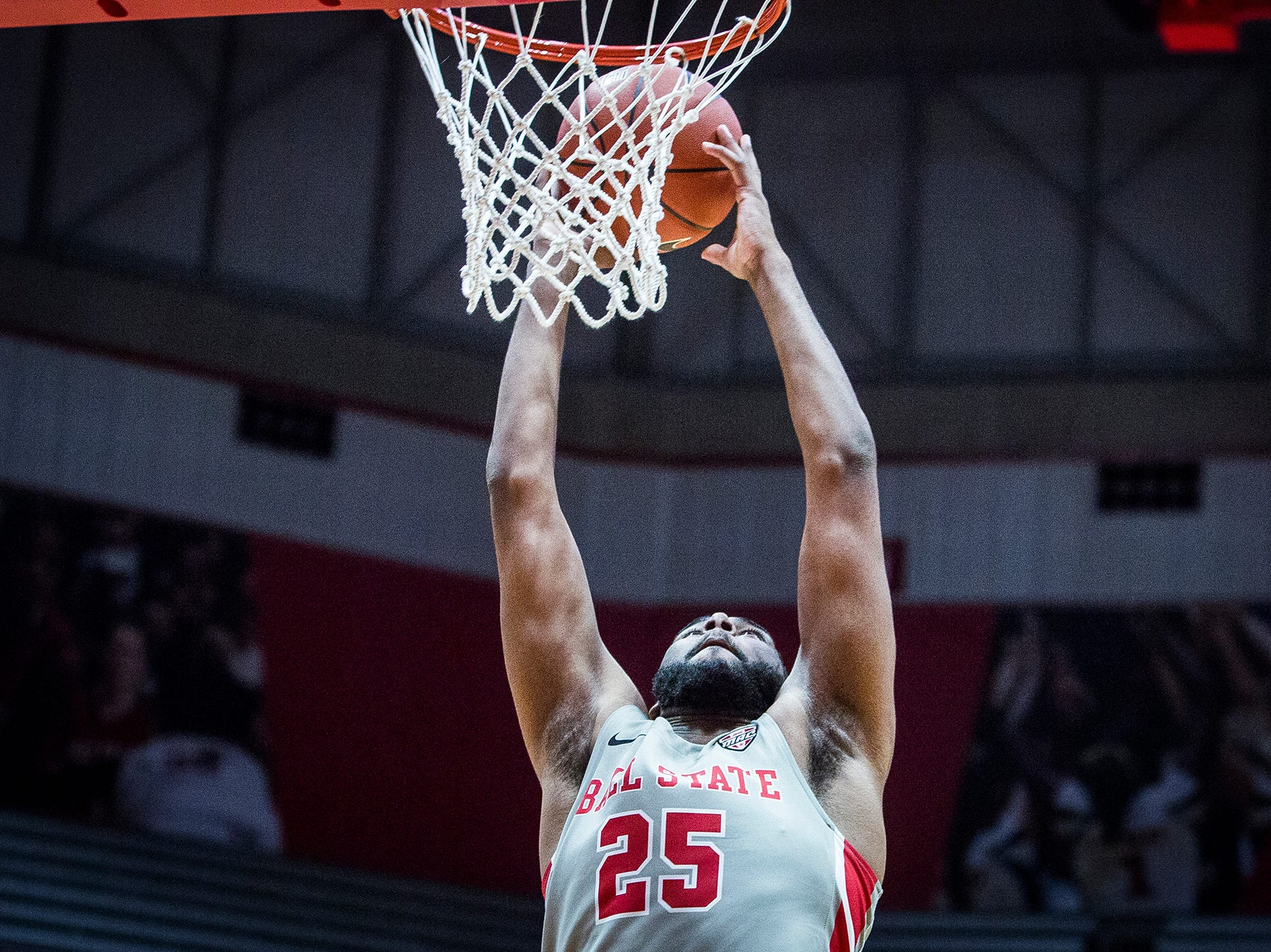 Ball State's Tahjai Teague dunks against Evansville during their game at Worthen Arena Saturday, Nov. 24, 2018.