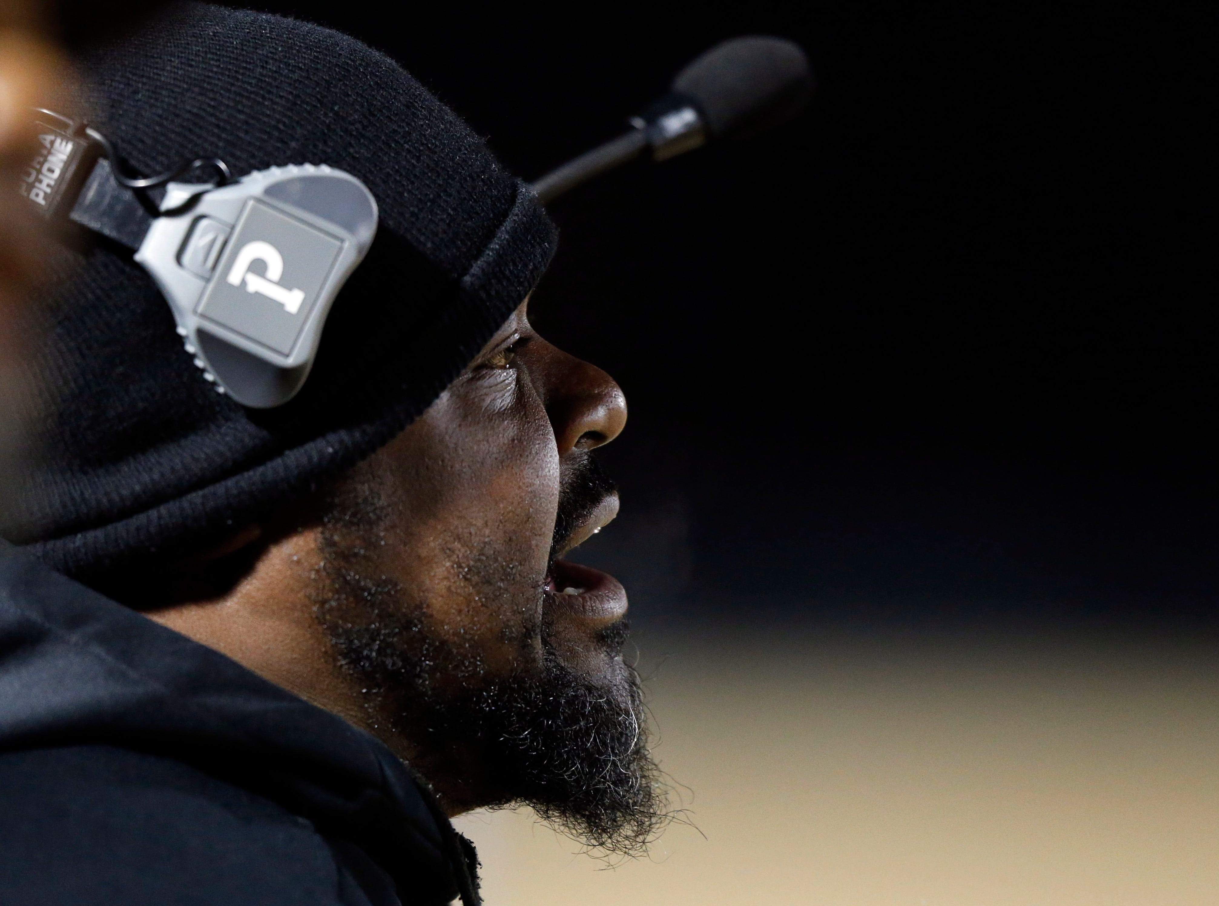 Maplewood coach Arcentae Broome yells to player during their game against Greeneville Friday, Nov. 23, 2018, in Nashville, TN.