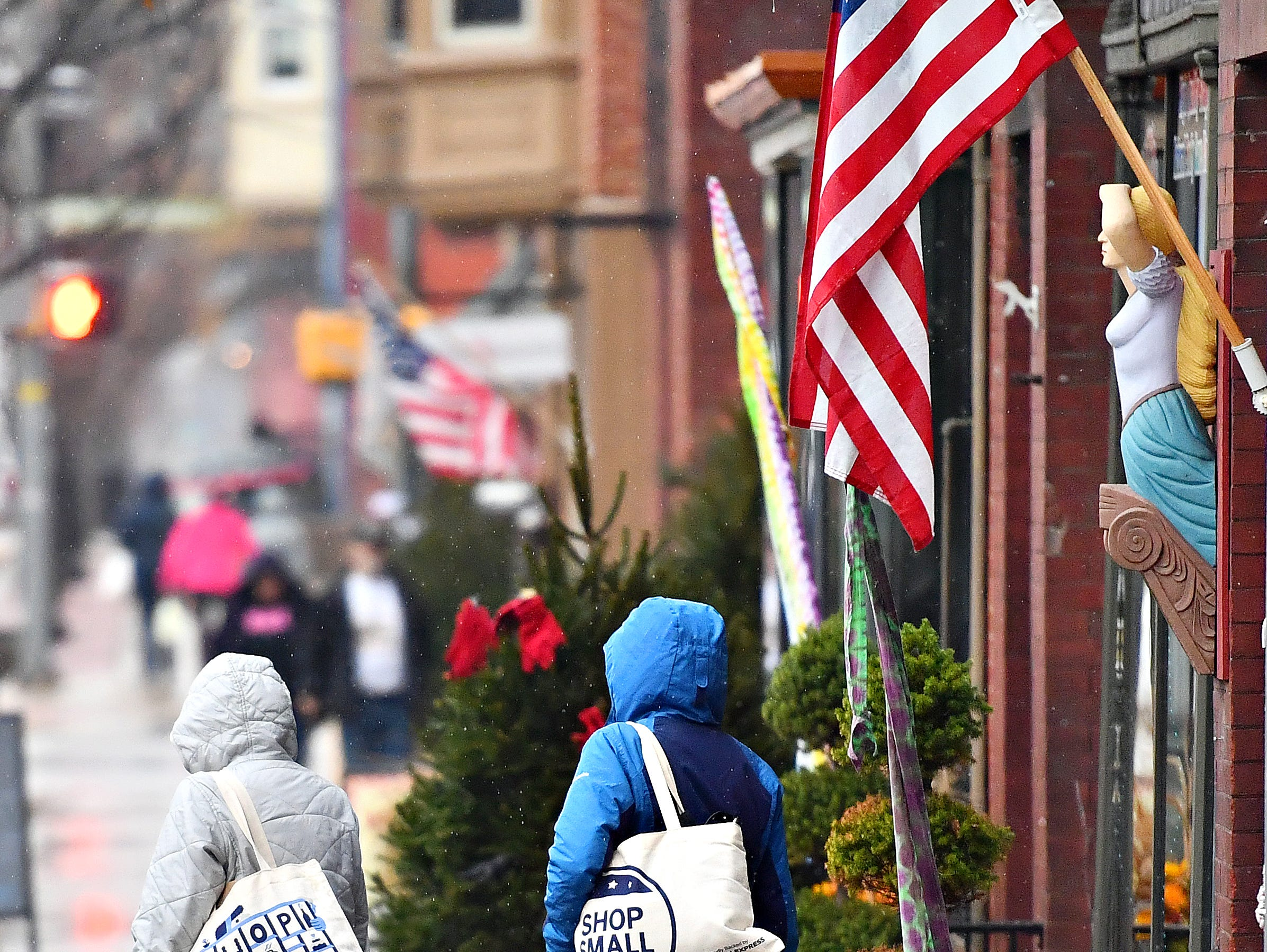 Small Business Saturday at Central Market in York City, Saturday, Nov. 24, 2018. Dawn J. Sagert photo
