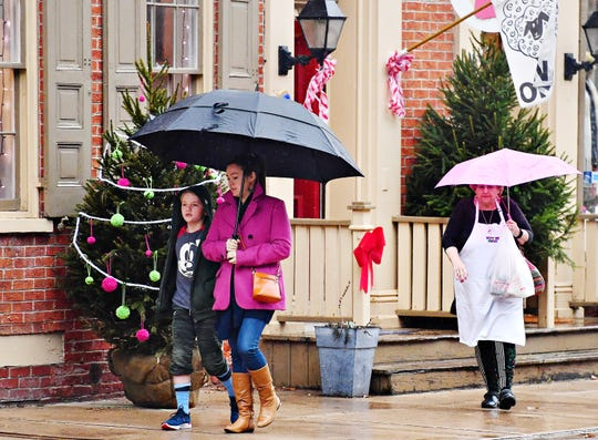 Small Business Saturday in York City, Saturday, Nov. 24, 2018. Dawn J. Sagert photo