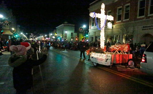 112318 She Plymouthchristmasparade Gck 28