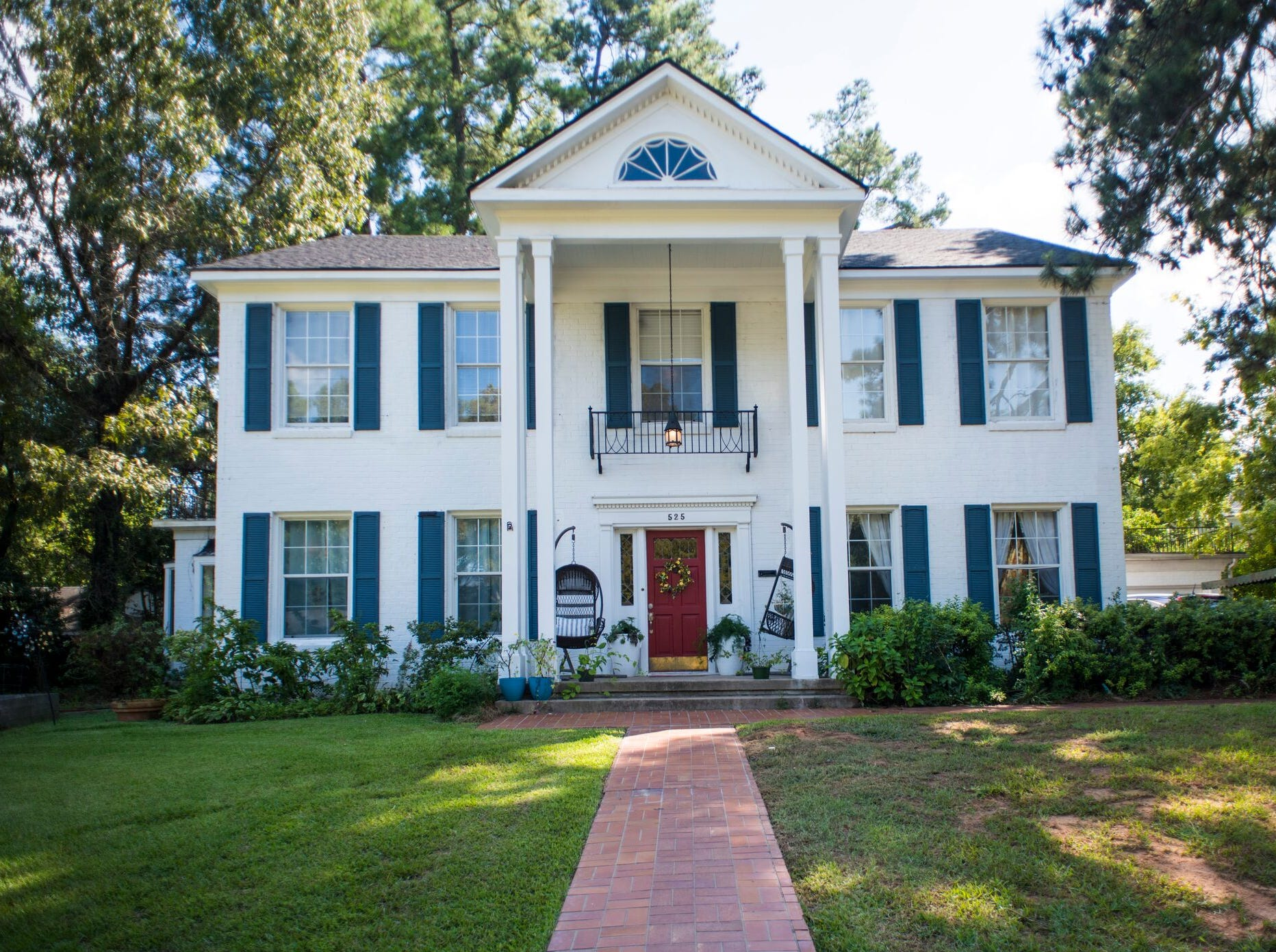 525 Linden St., Shreveport  Price: $350,000  Details: 4 bedrooms, 3 bathrooms, 3,960 square feet  Special features: Charming South Highlands historic home with library with original wood paneling and fireplace,  spacious bedrooms.   Contact: Cheryl Flook, 423-1920