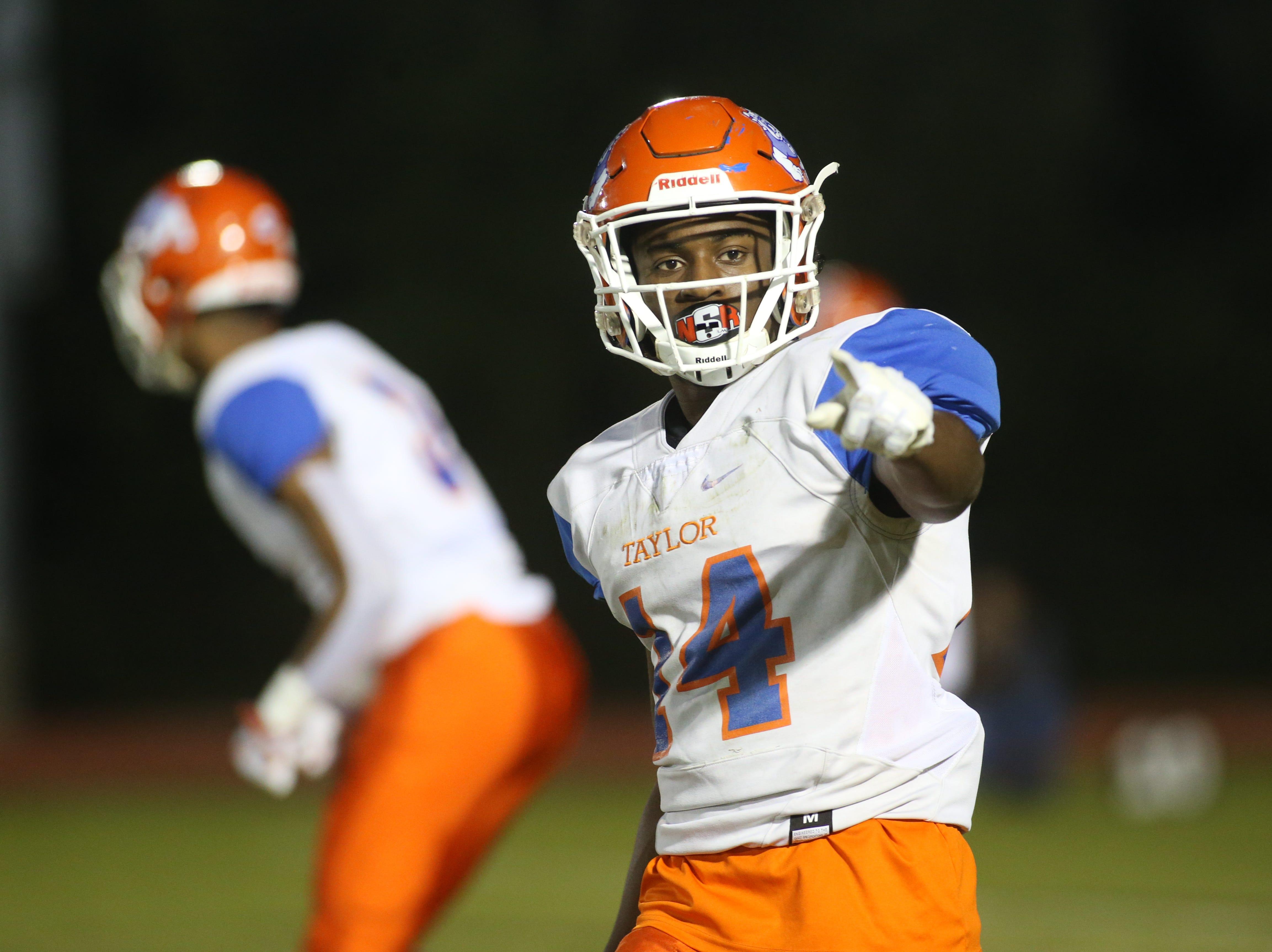 Taylor County Bulldog wide receiver Robert Glanton (14) as the Taylor County Bulldogs play the Florida High Seminoles in a Region 1-3A final on Friday, Nov. 23, 2018.
