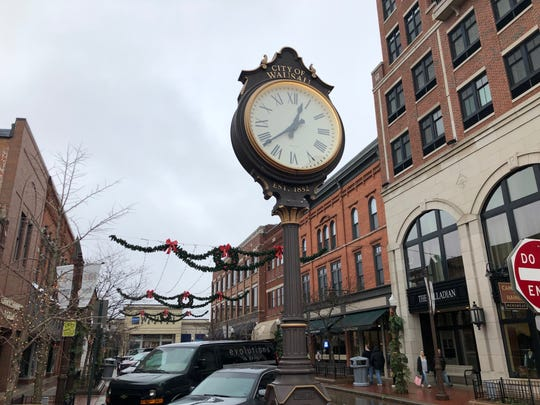 Decorations bring cheer to downtown Wausau despite a rainy Small Business Saturday.