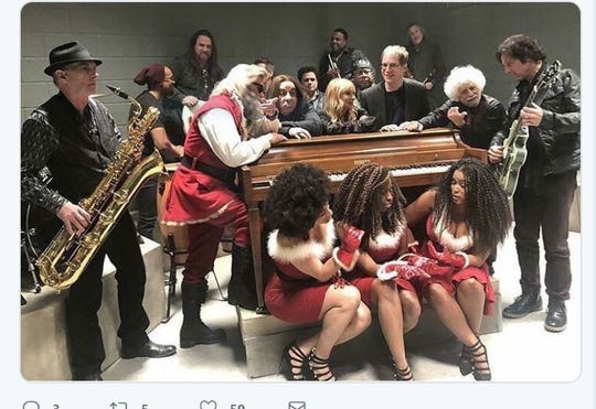 "Little Steven and the Disciples of Soul with Kurt Russell in ""The Christmas Chronicles"""