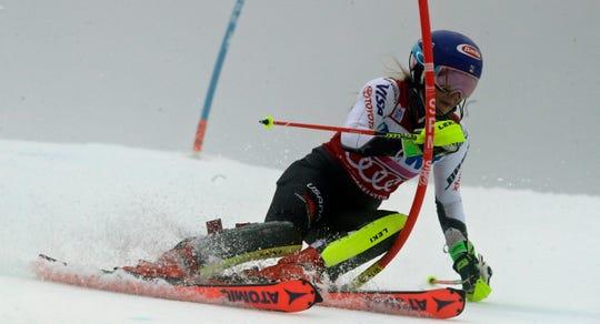 United States' Mikaela Shiffrin competes during the first run of the alpine ski, women's World Cup slalom in Killington, Vt., Sunday, Nov. 25, 2018.