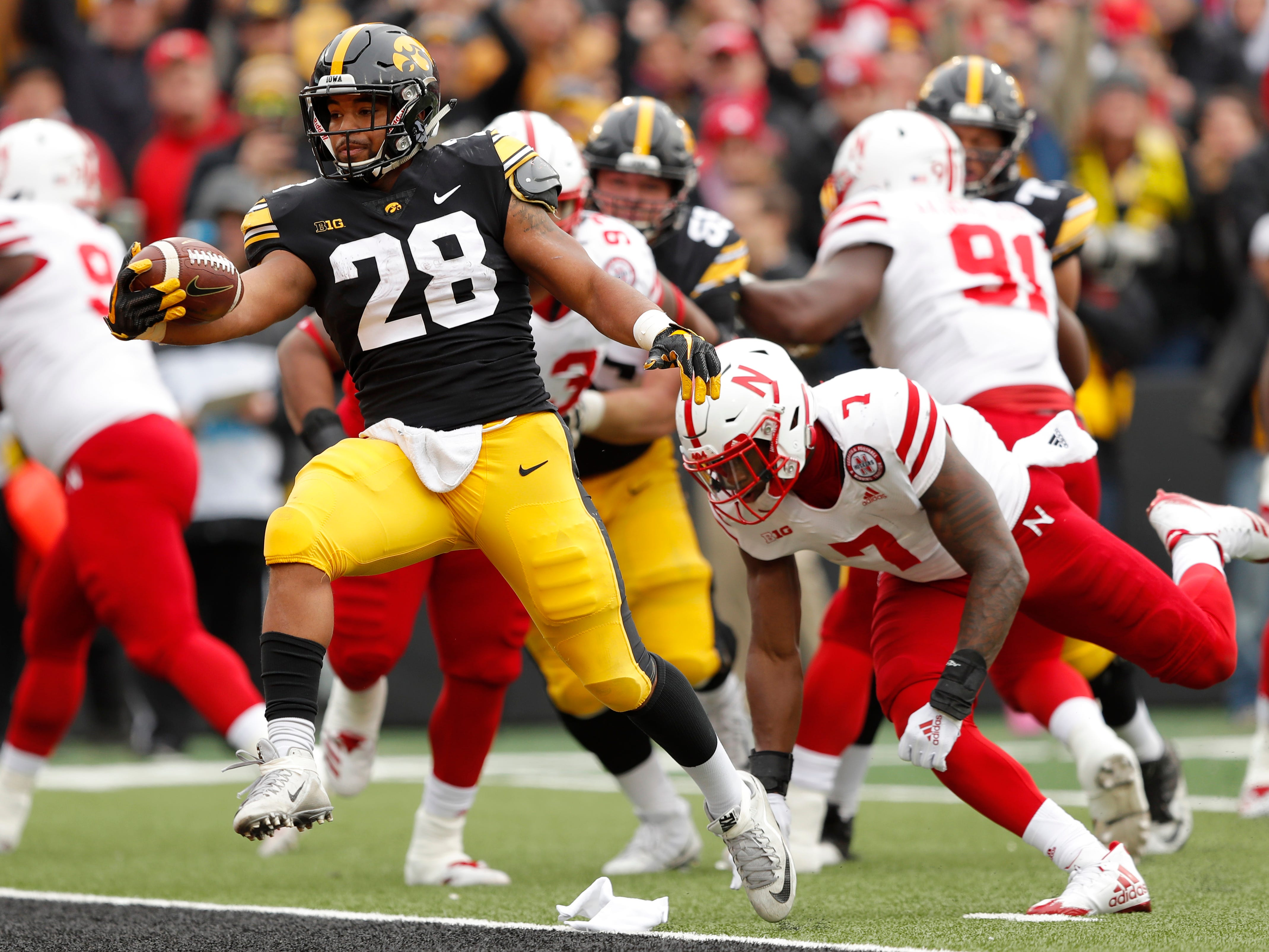 5. Iowa (8-4, 5-4) – After losing three straight, the Hawkeyes responded by winning their final two games, including holding off Nebraska in a rivalry game to close the season. Where it leaves the Hawkeyes is hard to guess, but a top-tier bowl game is likely thanks to three non-conference wins to help balance out some Big Ten woes. Last week: 6.