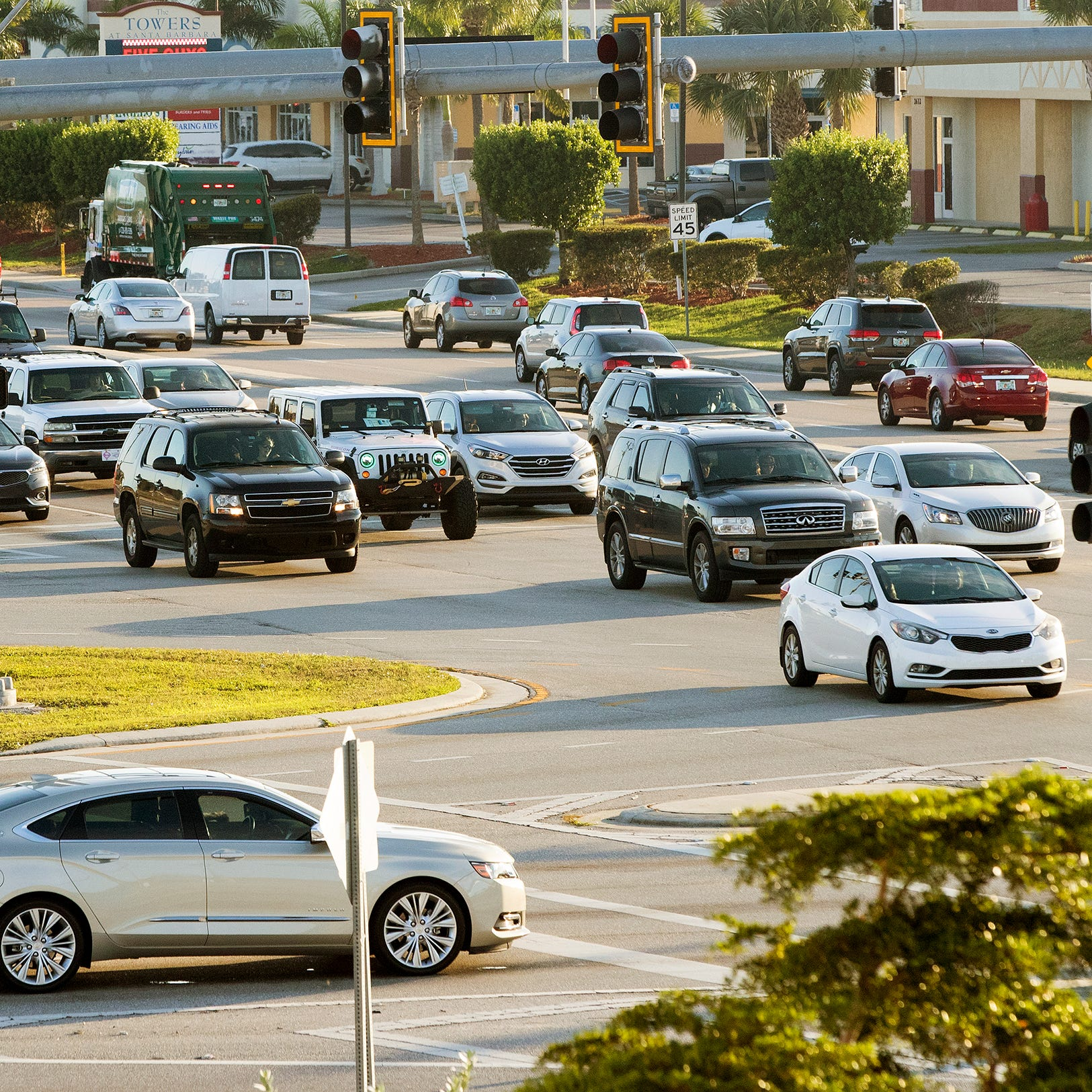Cape Coral traffic: the top five hot spots for car crashes share common thread