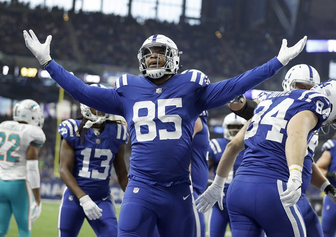 Indianapolis Colts tight end Eric Ebron (85) celebrates his touchdown in the first half of their game at Lucas Oil Stadium on Sunday, Nov. 25, 2018.