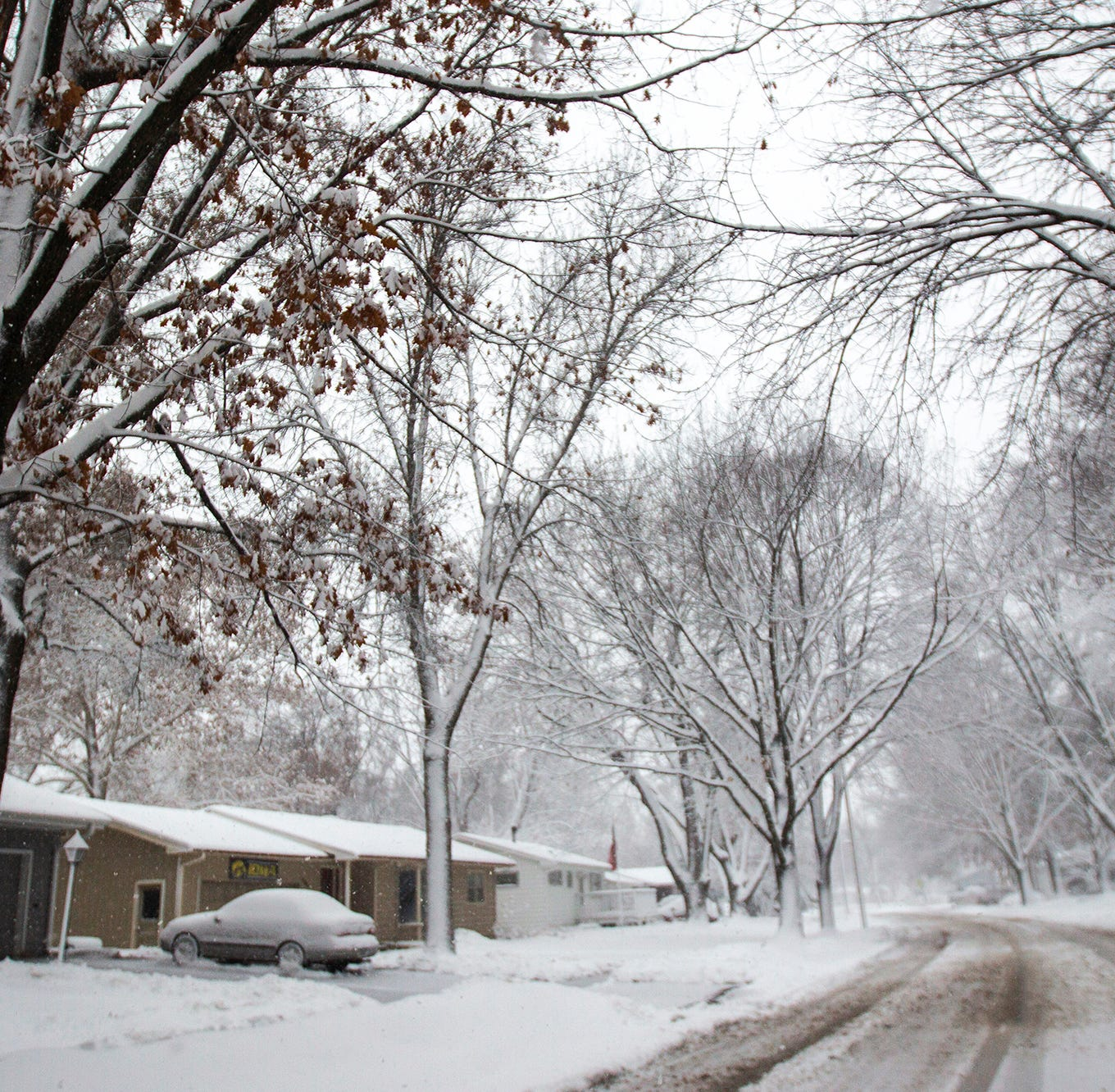 Heavy snow, up to 17 inches, blankets portions of Iowa
