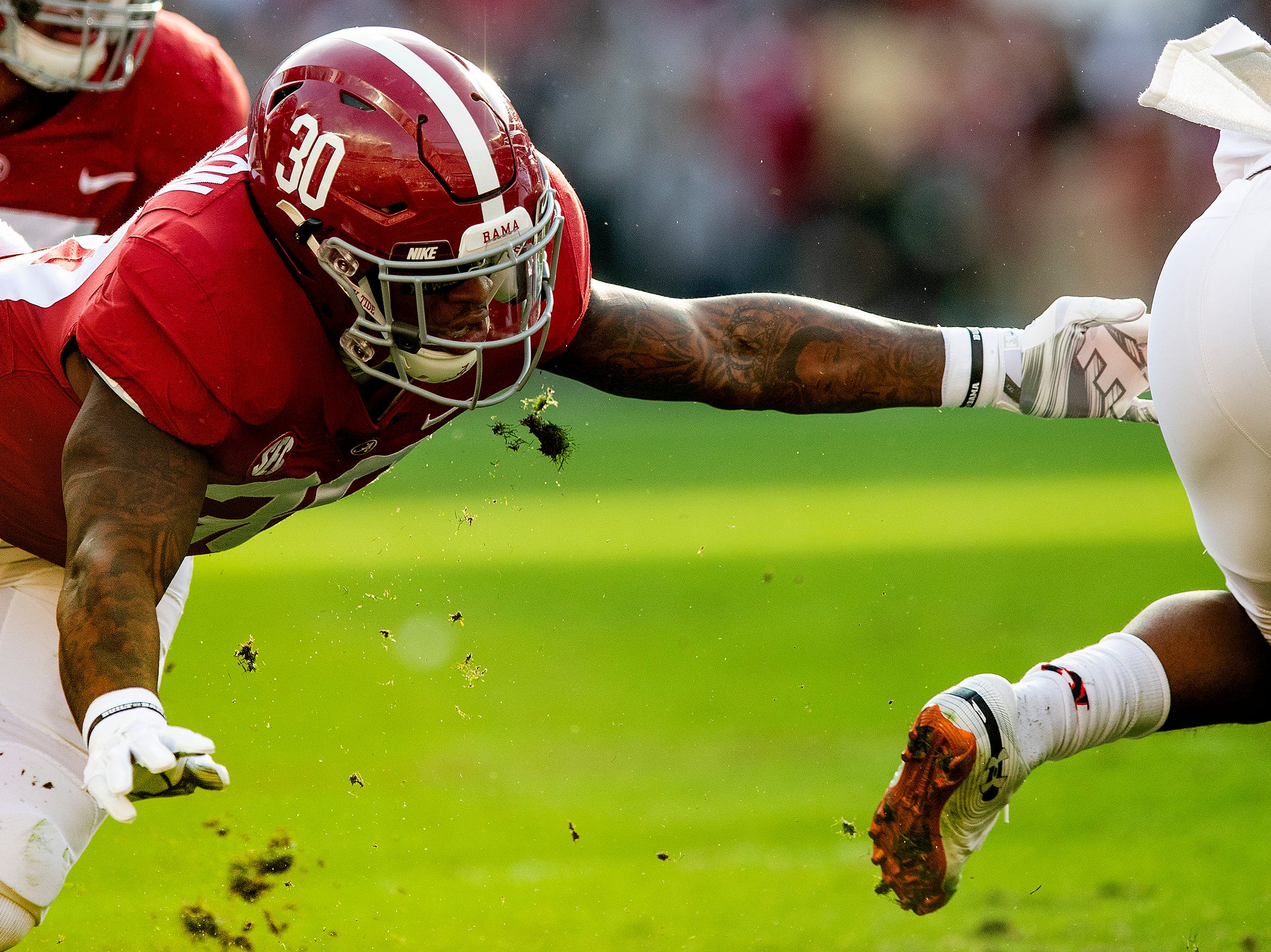 Alabama linebacker Mack Wilson (30) against Auburn in first half action during the Iron Bowl at Bryant-Denny Stadium in Tuscaloosa, Ala., on Saturday November 24, 2018.