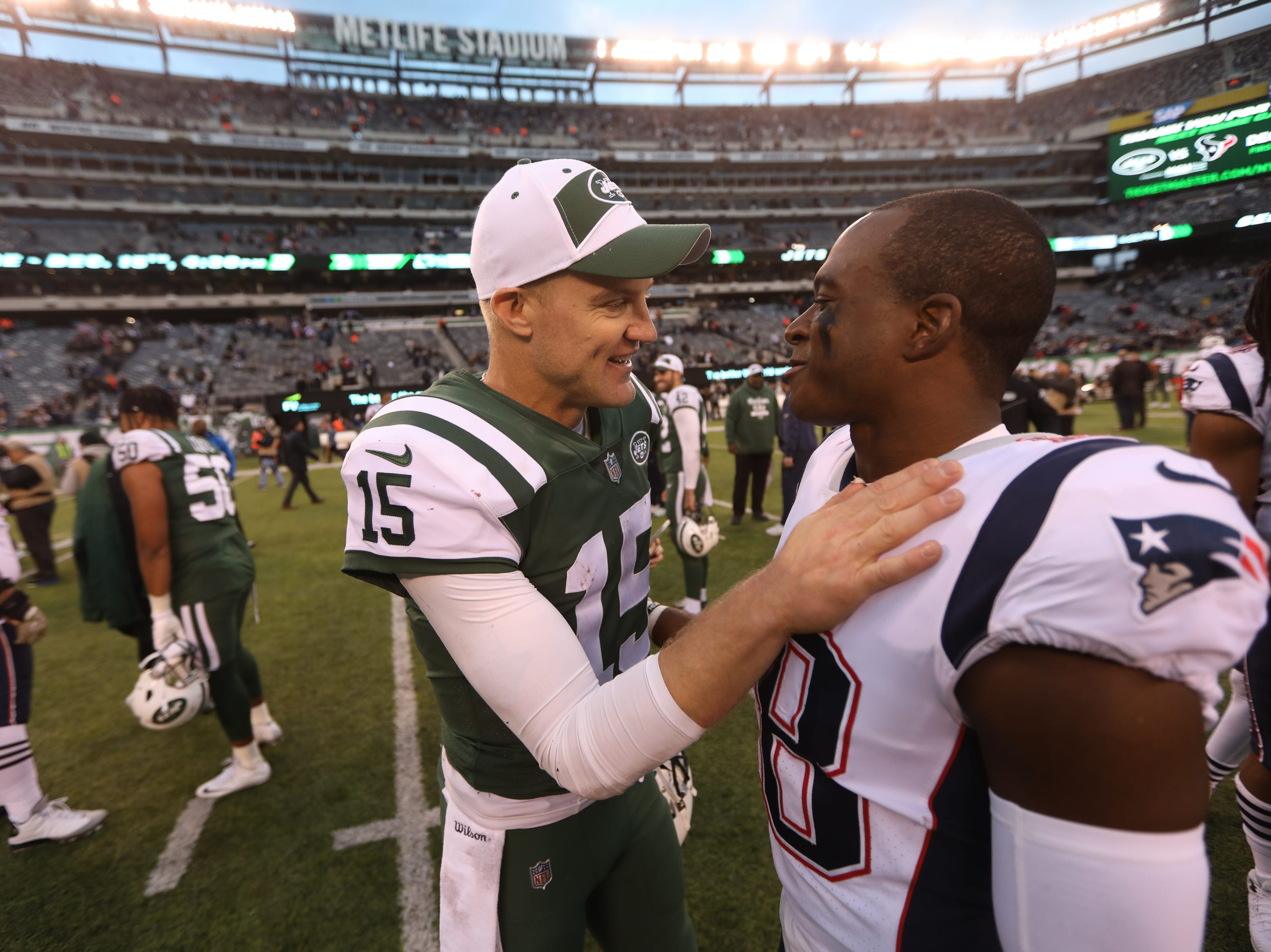 Josh McCown, of the Jets and Matthew Slater, of the Patriots, greet each other after the game.   Sunday, November 25, 2018