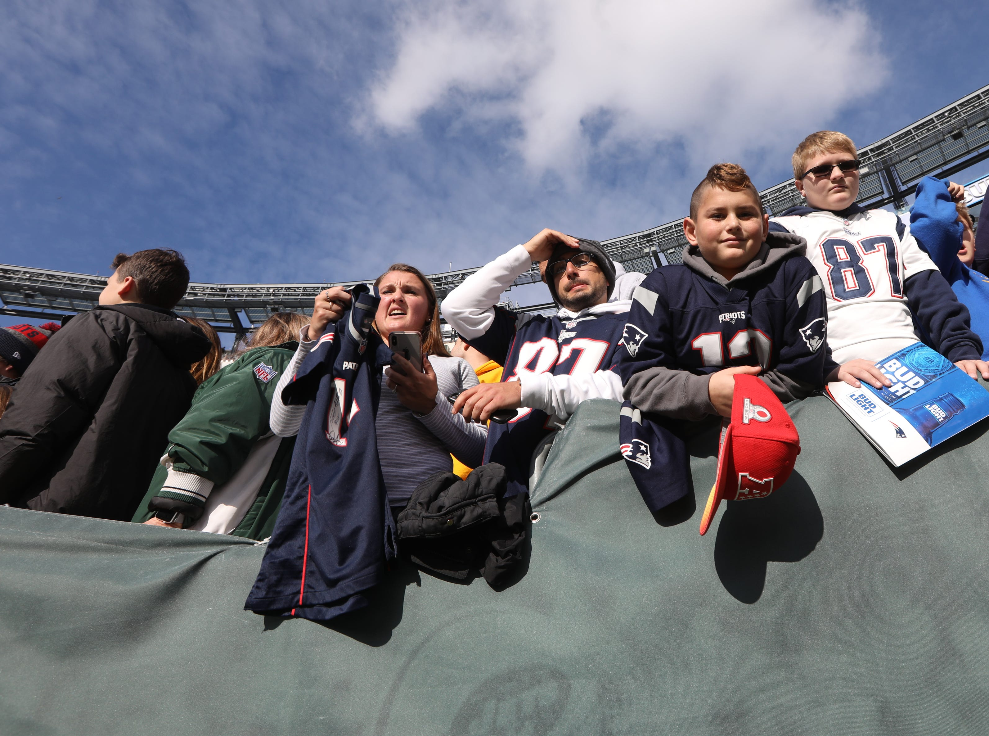 Patriot fans wait to see their favorite players befor the game. November 25, 2018
