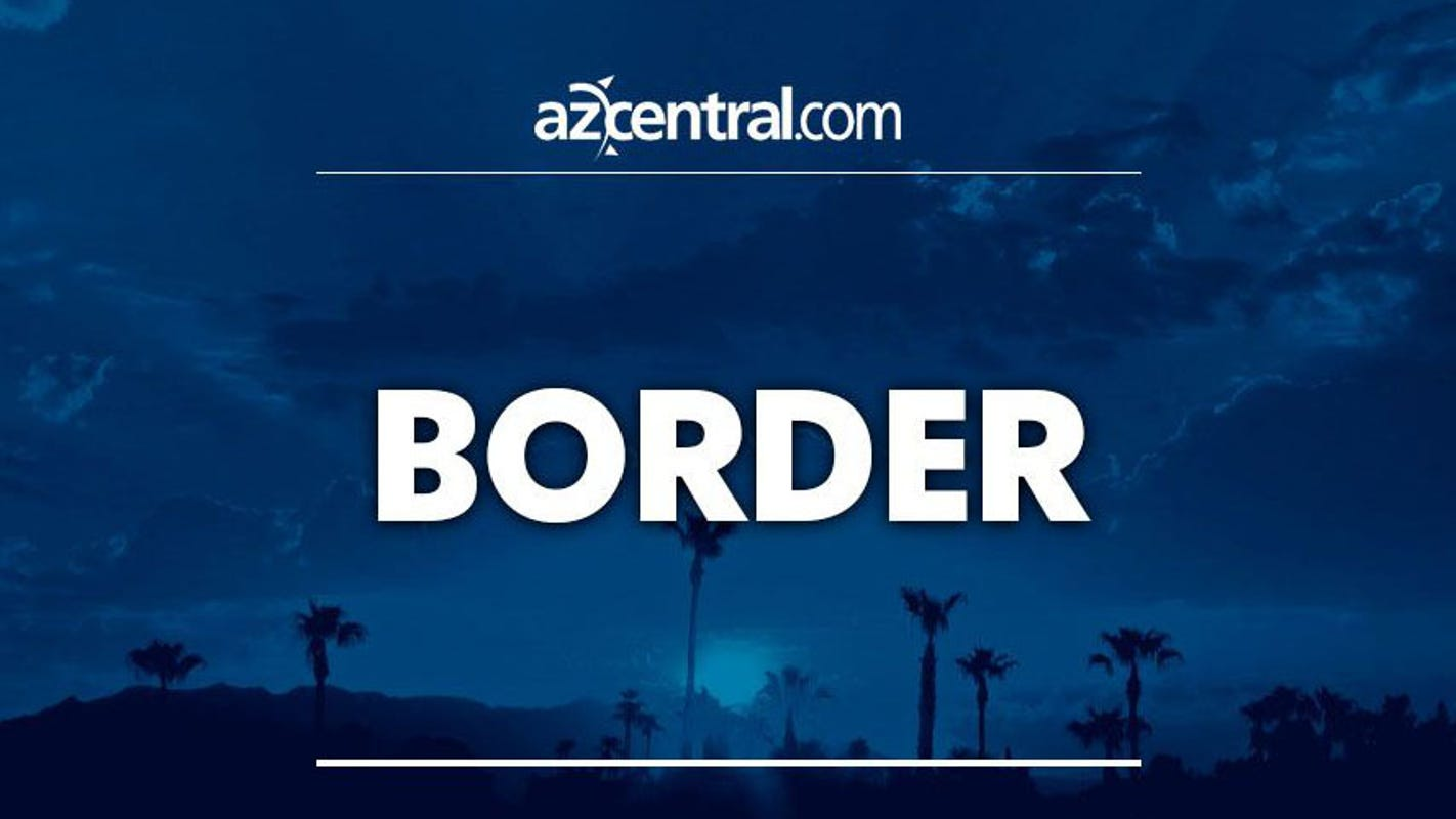 2 police officers in Mexico gunned down near Arizona border