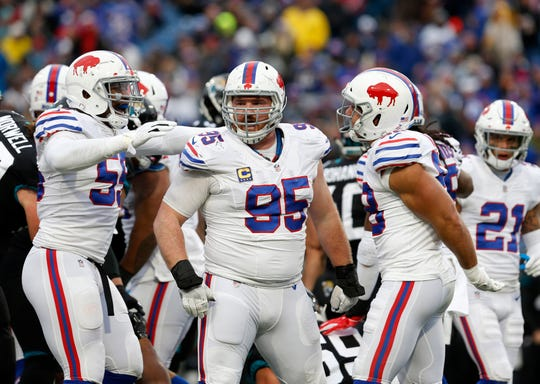 Kyle Williams, 95, has been a force in the middle of Buffalo's defense for 13 seasons. He's passed the torch to rookie middle linebacker Tremaine Edmunds, whom he has high praise for.