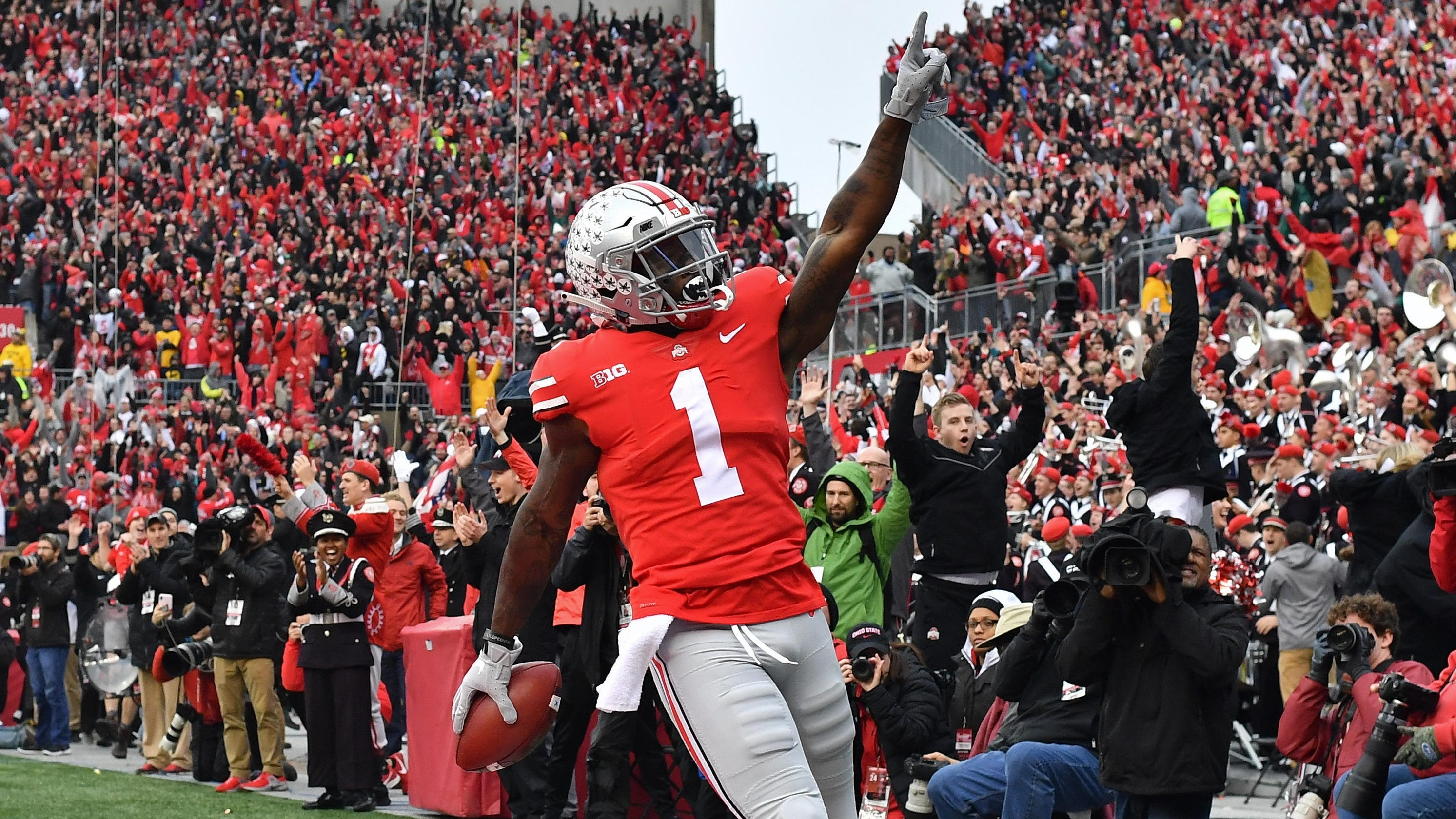 College football bowl projections: Ohio State edges ...