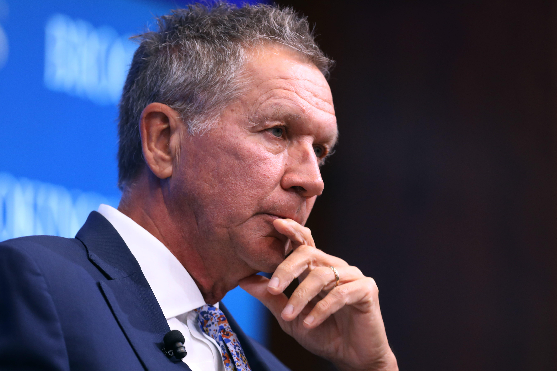 Ohio Gov. John Kasich 'very seriously' considering White House run in 2020