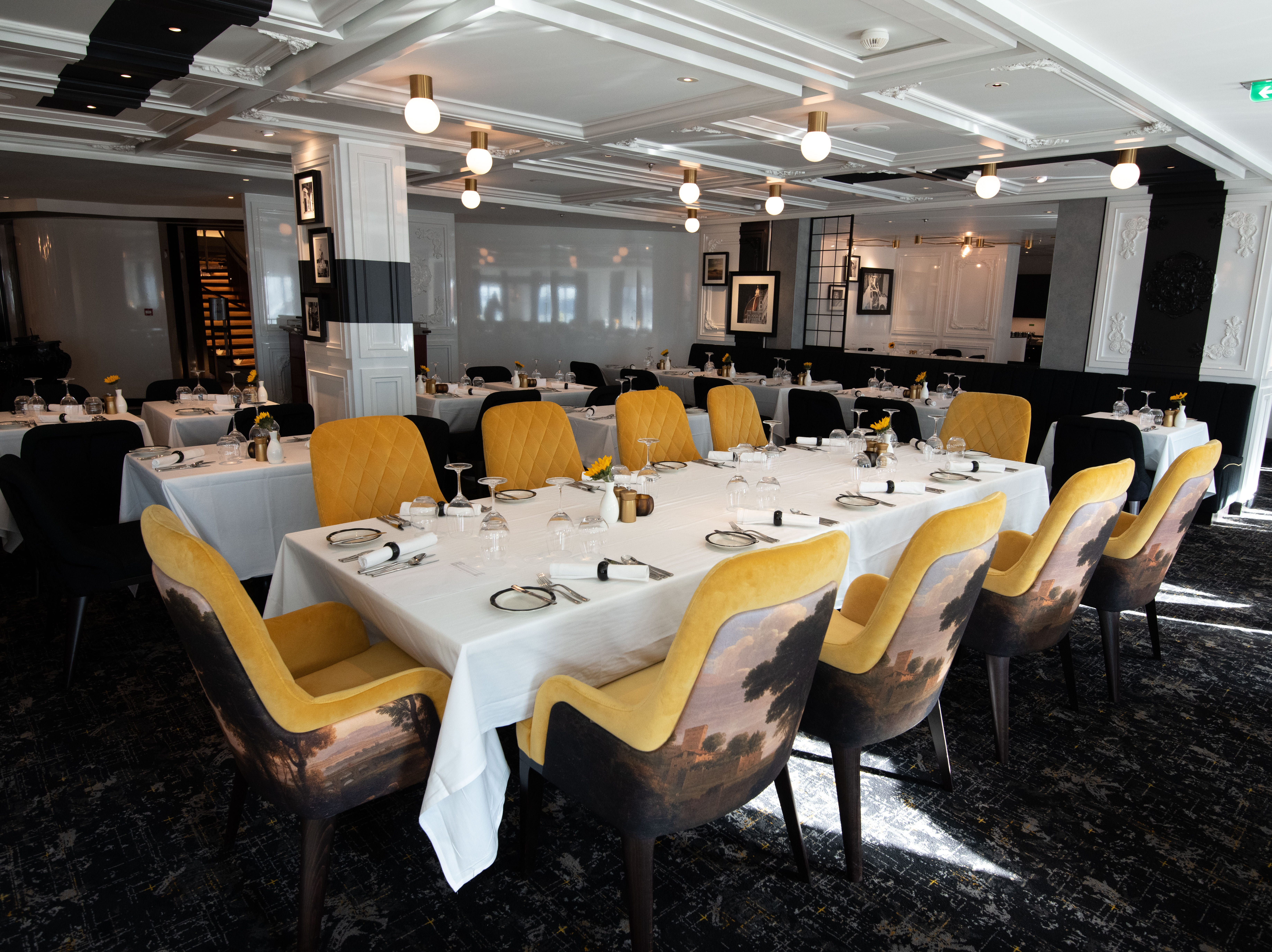Located on Deck 3, Tuscan Restaurant has a capacity for 344 people.