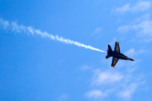 2059857002 Blue Angels Arrive01