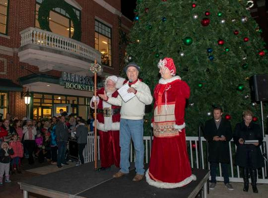 The 10th Annual Light Up the Levee Celebration kicked off Sunday, Nov. 25, 2018. Newport Mayor Jerry Peluso with Santa and Mrs. Clause welcome everyone to Newport for the kick off of Light Up the Levee.